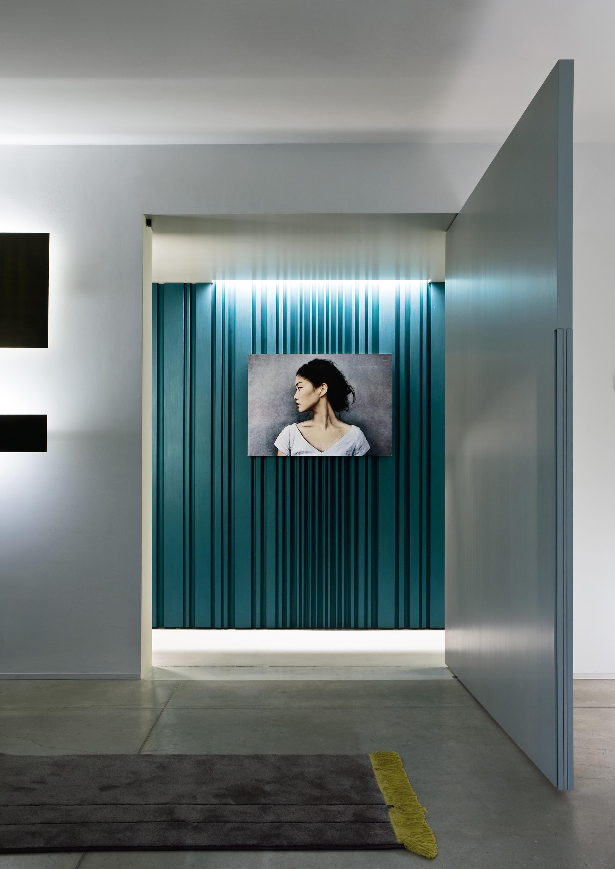 Decor pivot door portes int rieures de laurameroni architonic - Decor de portes interieures ...