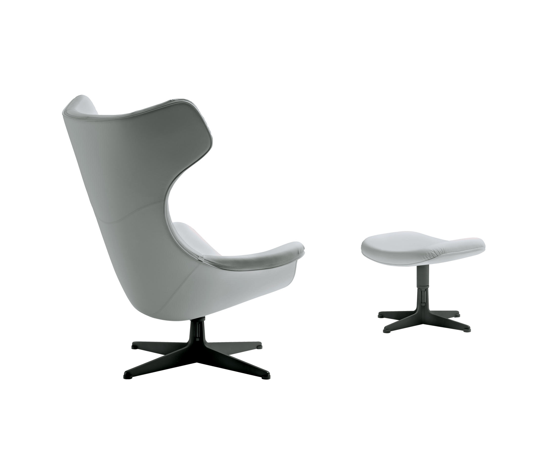 regina ii sessel von poltrona frau architonic. Black Bedroom Furniture Sets. Home Design Ideas