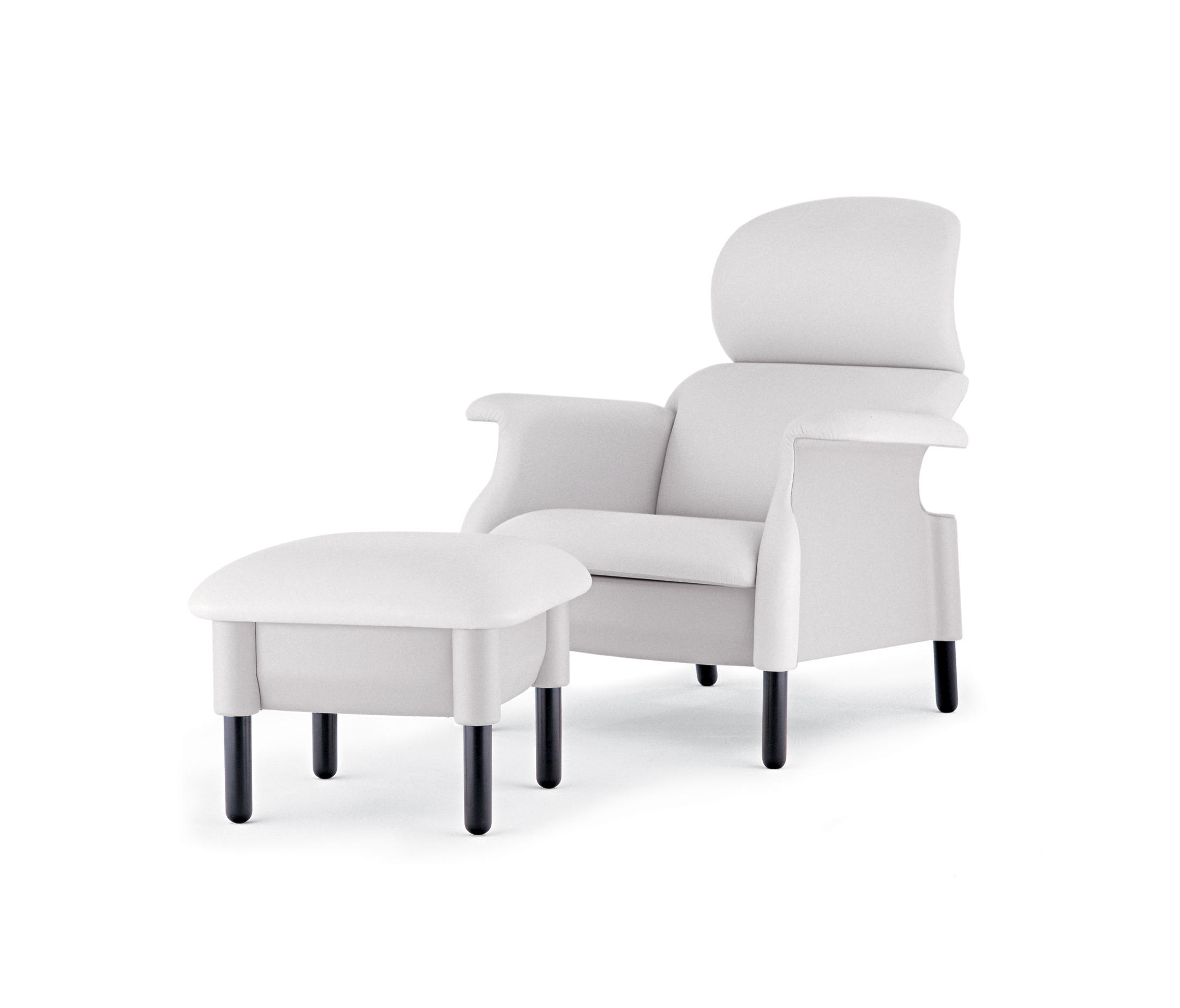 sanluca sessel von poltrona frau architonic. Black Bedroom Furniture Sets. Home Design Ideas