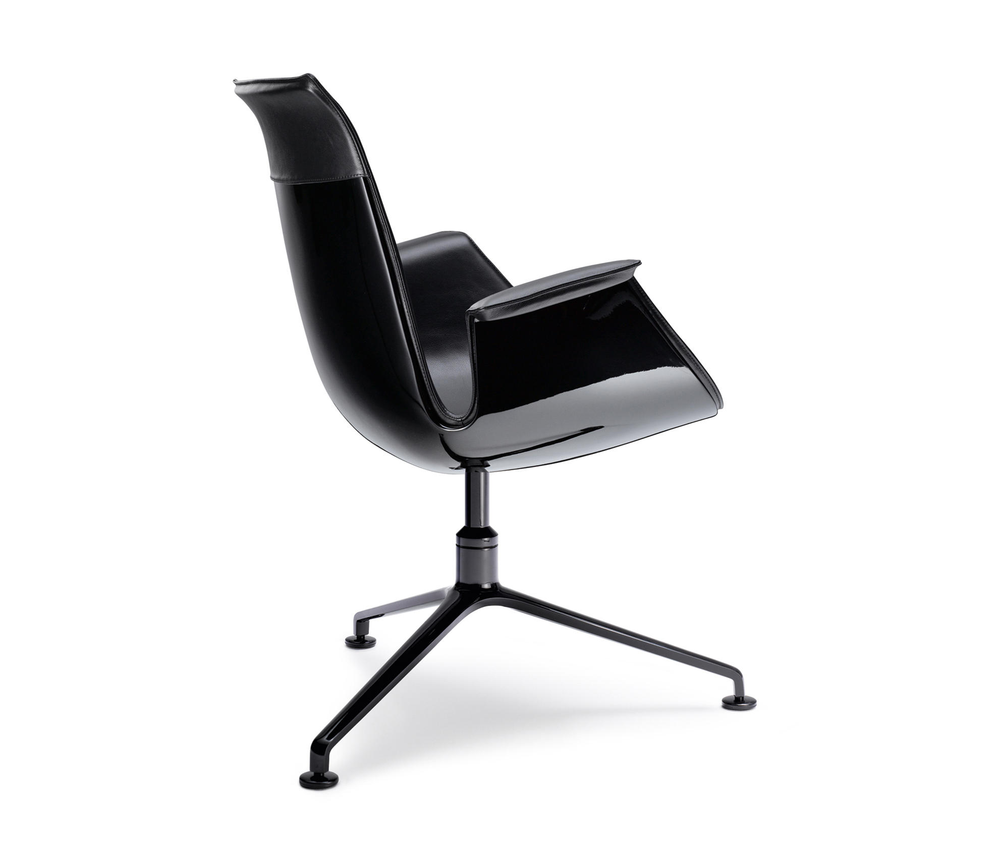 FK 6725 BUCKET SEAT Conference chairs from Walter Knoll