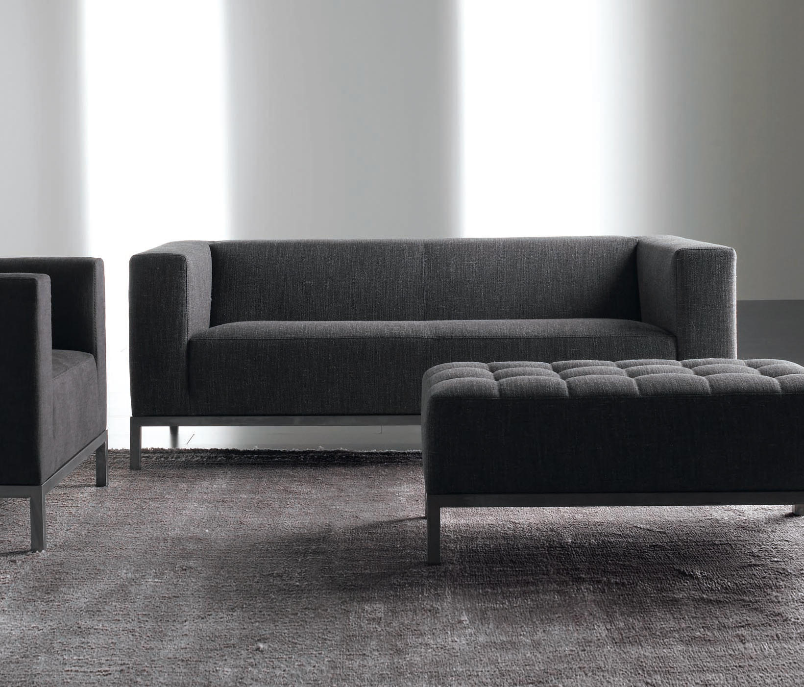 farrell sofa lounge sofas from meridiani architonic. Black Bedroom Furniture Sets. Home Design Ideas