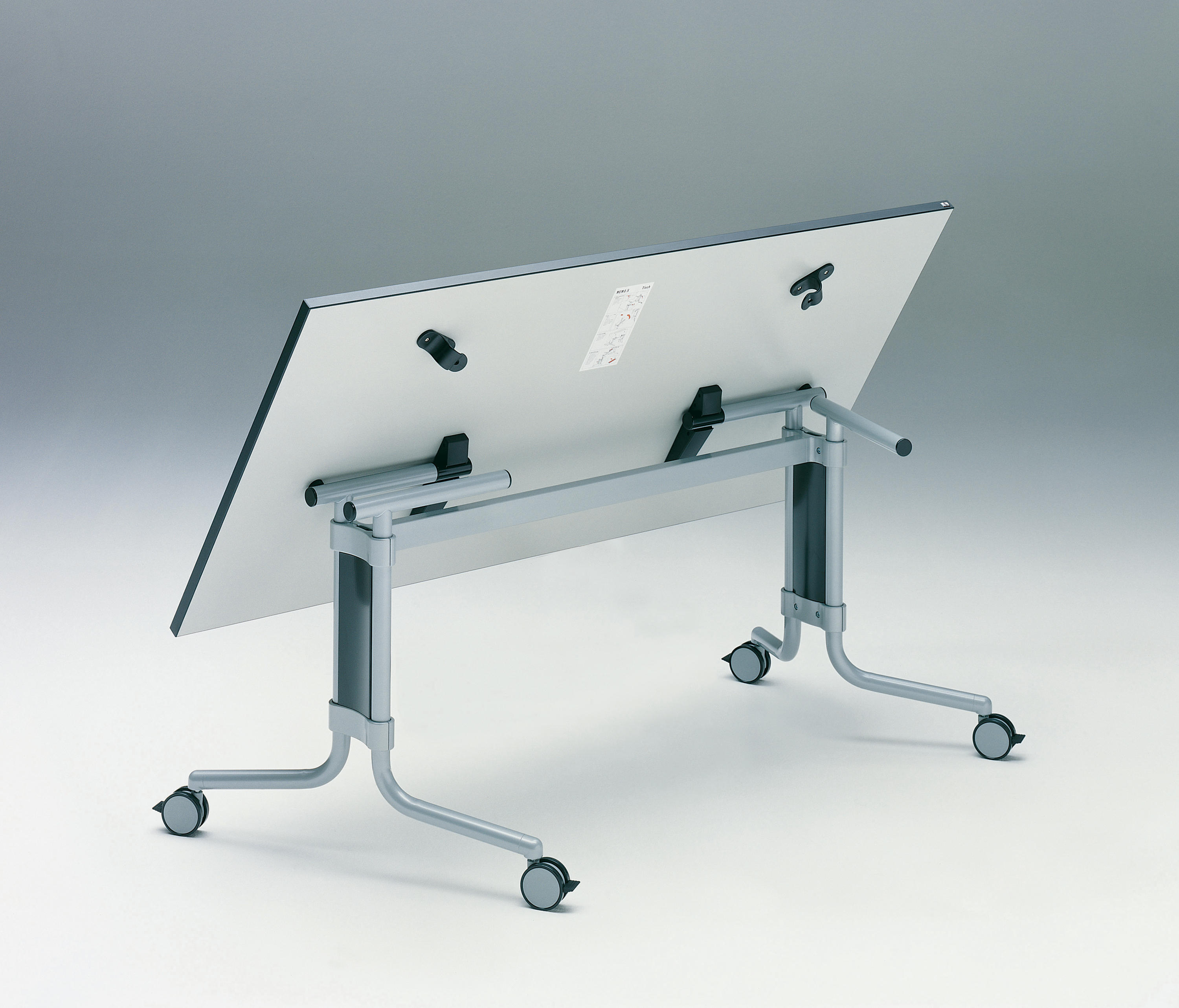 MEMO.S - Multipurpose tables from König+Neurath | Architonic