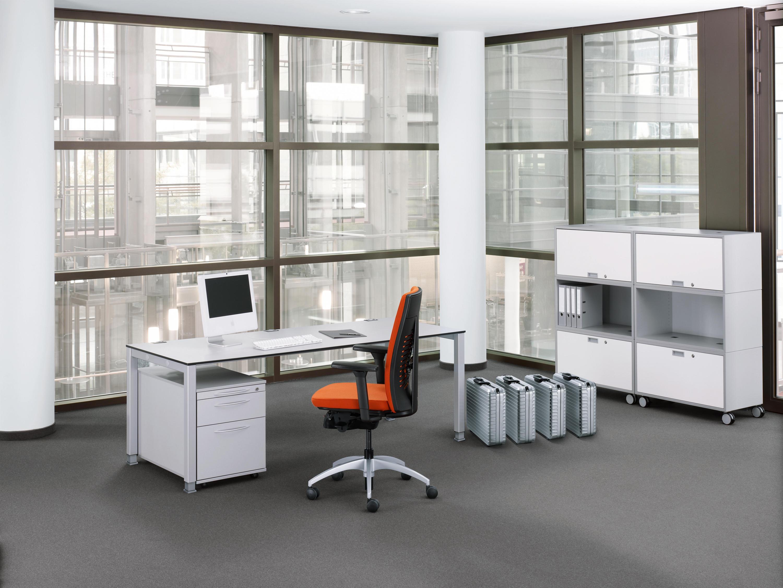BASIC.4 - Individual desks from König+Neurath | Architonic