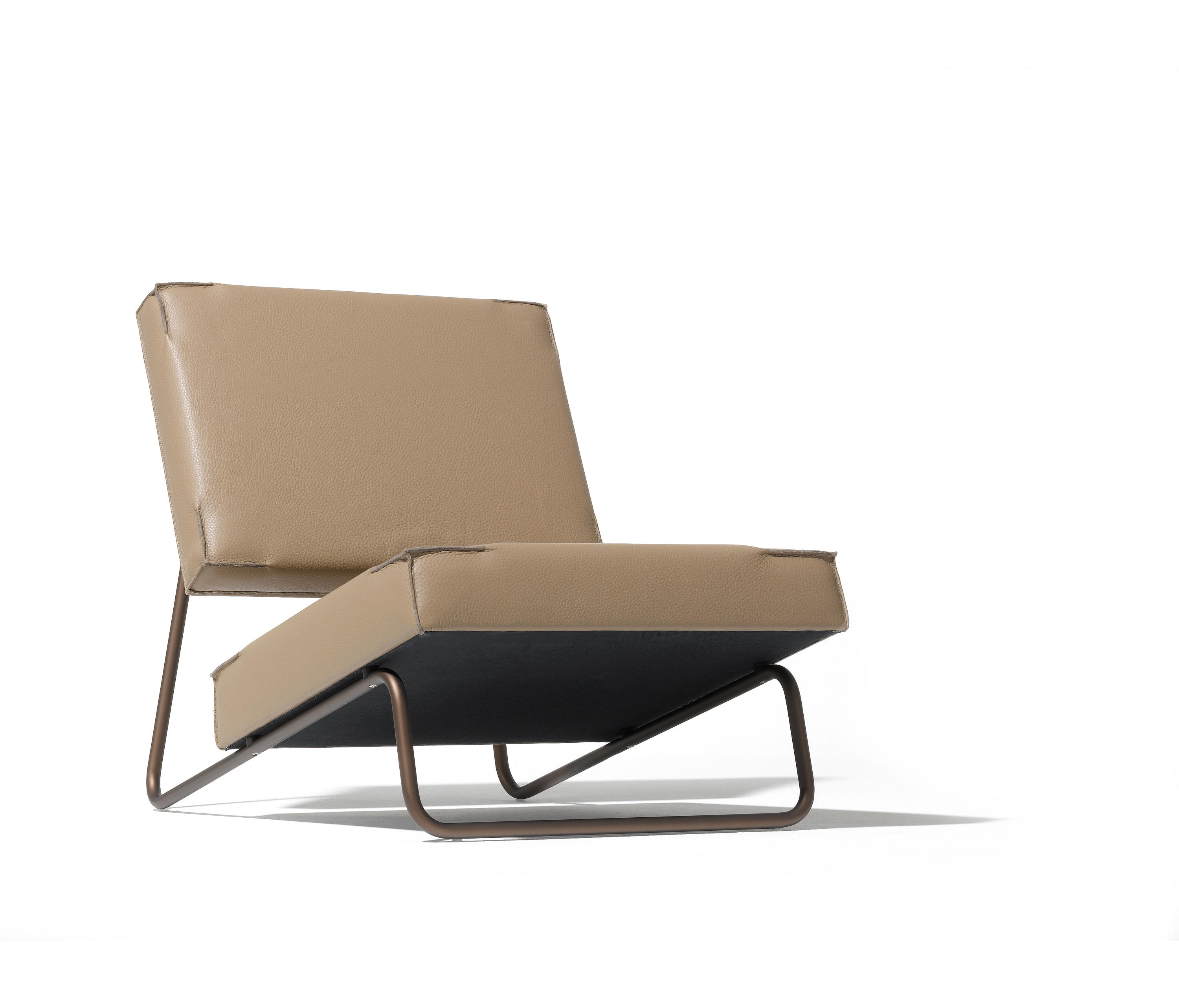 lounge chair hirche sessel von richard lampert architonic. Black Bedroom Furniture Sets. Home Design Ideas