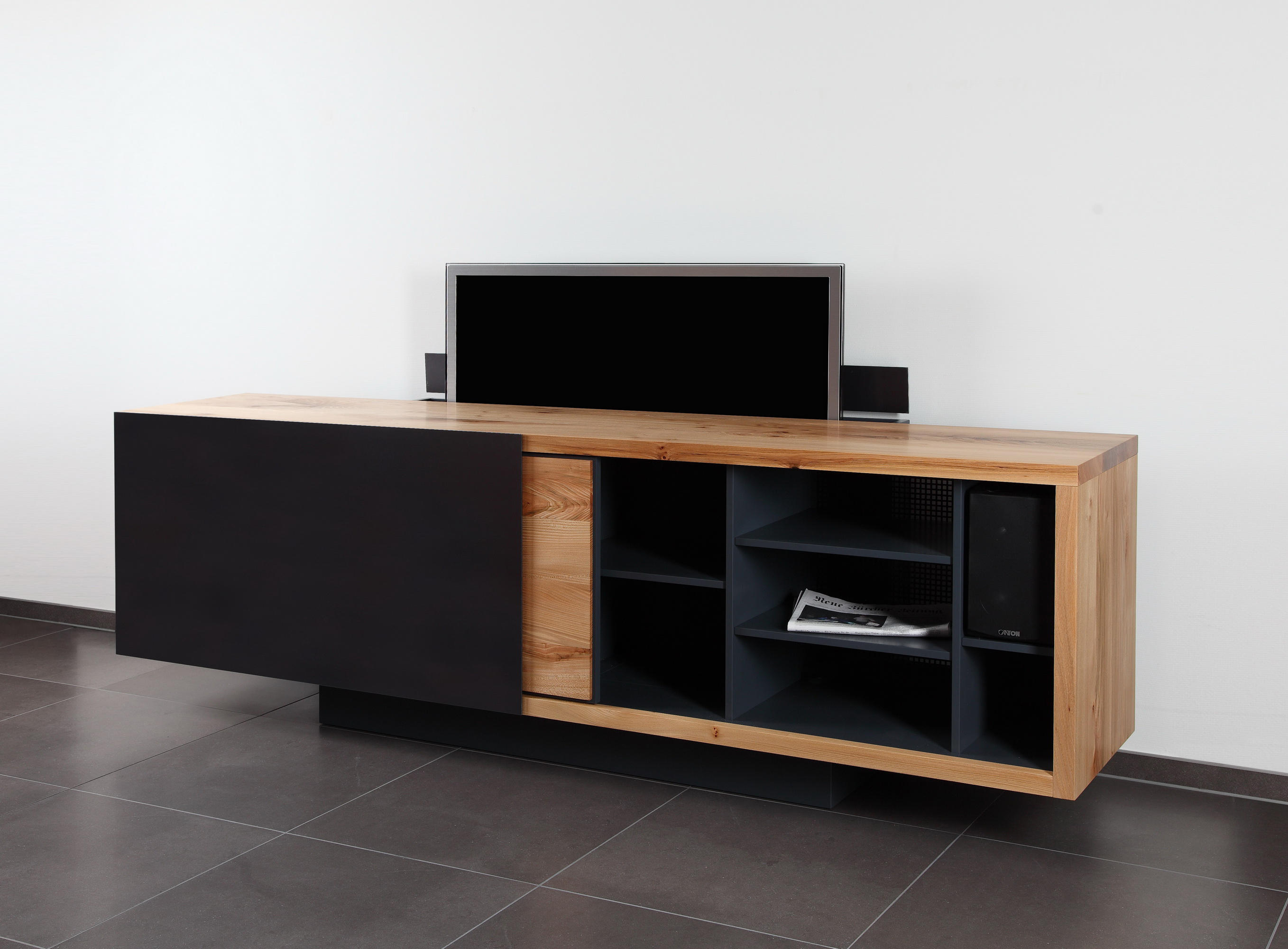 ign b2 tv sideboard multimedia sideboards von ign design architonic. Black Bedroom Furniture Sets. Home Design Ideas