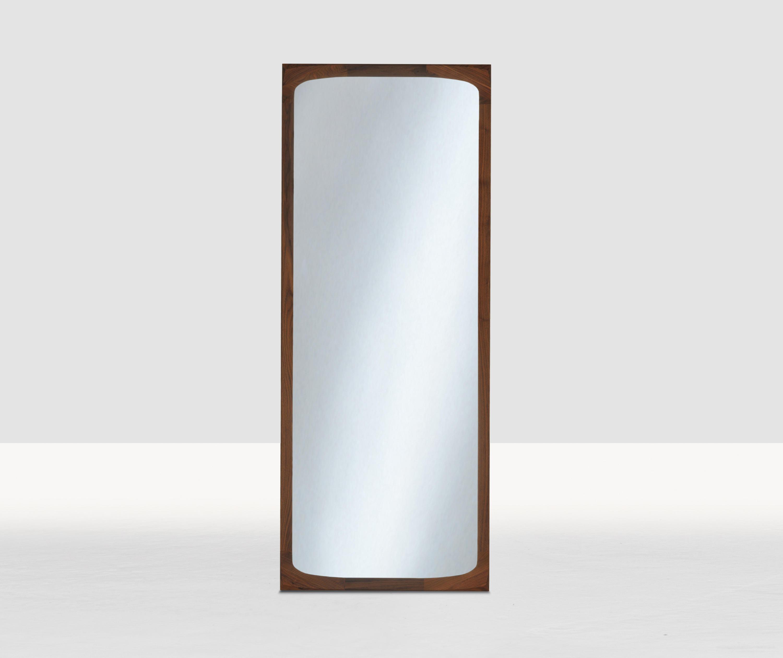 Bonny spiegel von zeitraum architonic for Spiegel adresse
