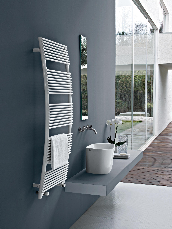 Parentesis radiators from tubes architonic for Termosifoni tubes
