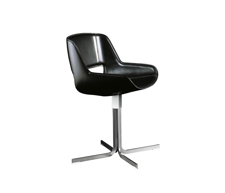 Amaranta sedia sedie enrico pellizzoni architonic for Rivenditori sedie