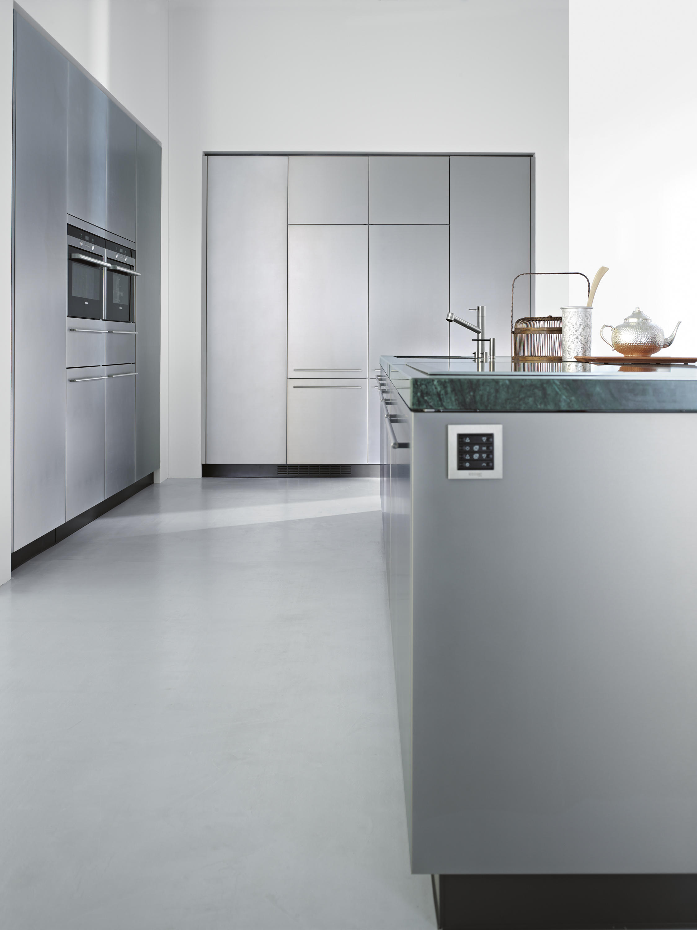 Purist Fitted Kitchens From Forster Kuchen Architonic