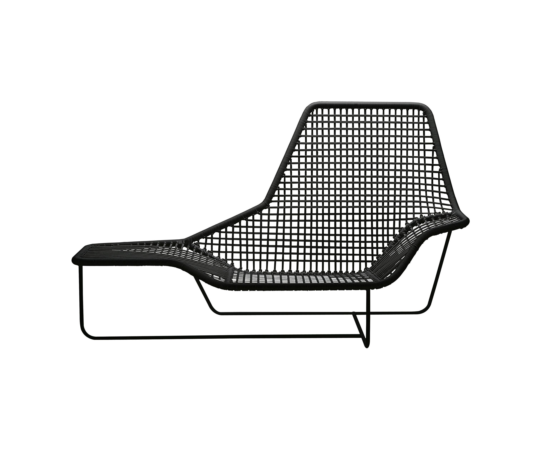 lama 1005 sun loungers from zanotta architonic. Black Bedroom Furniture Sets. Home Design Ideas