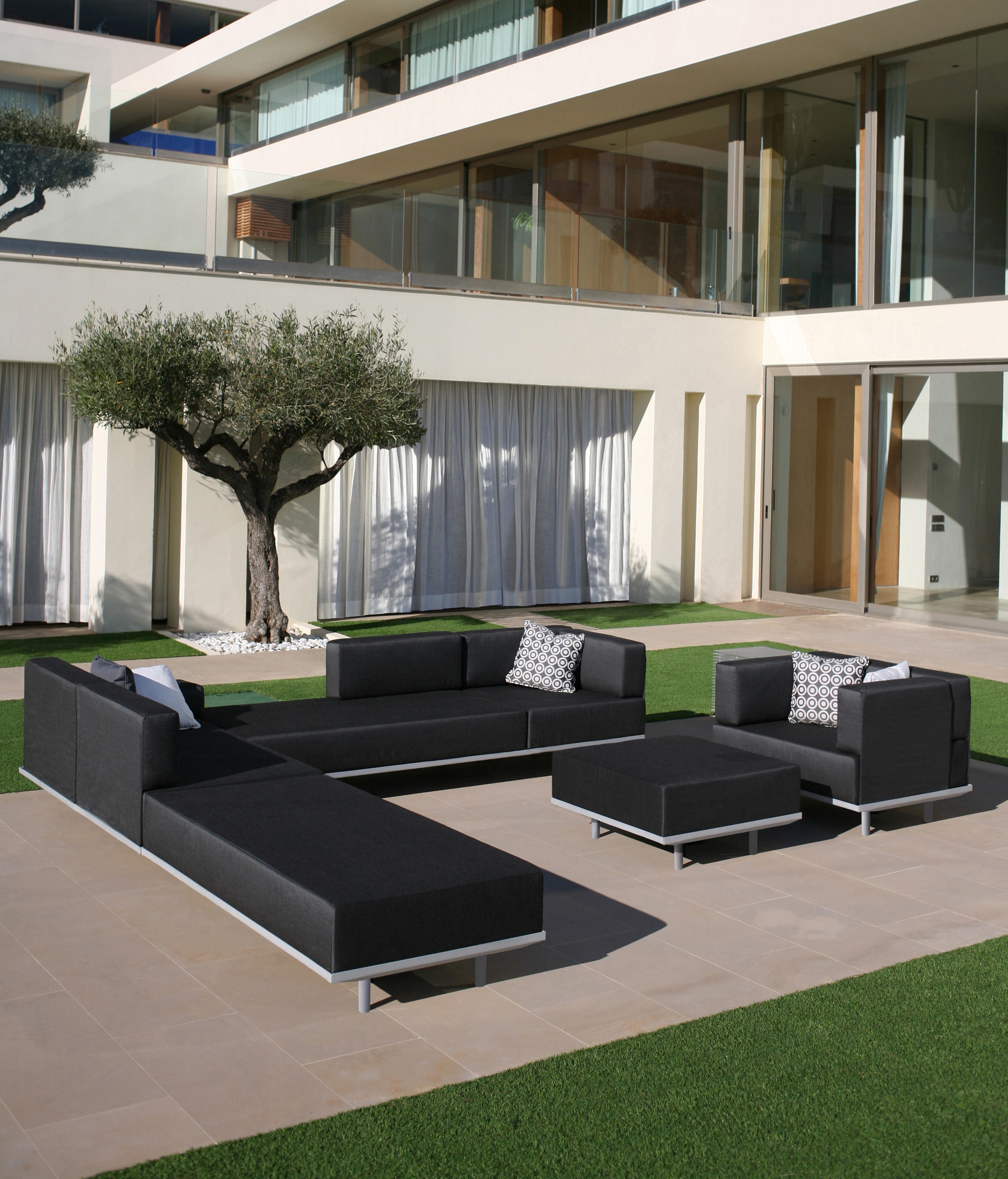 lazy gartensofas von royal botania architonic. Black Bedroom Furniture Sets. Home Design Ideas