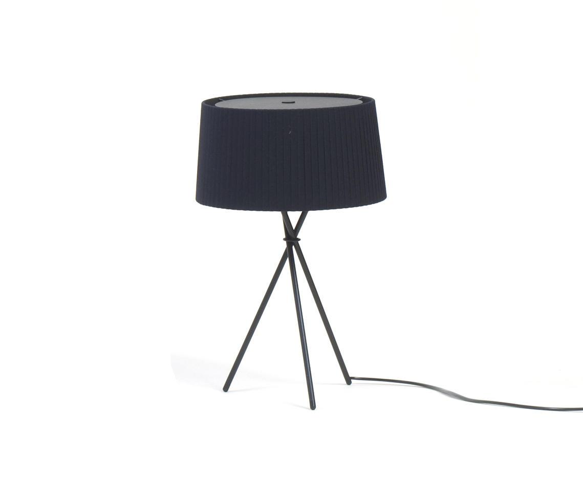 tr pode m3 allgemeinbeleuchtung von santa cole. Black Bedroom Furniture Sets. Home Design Ideas