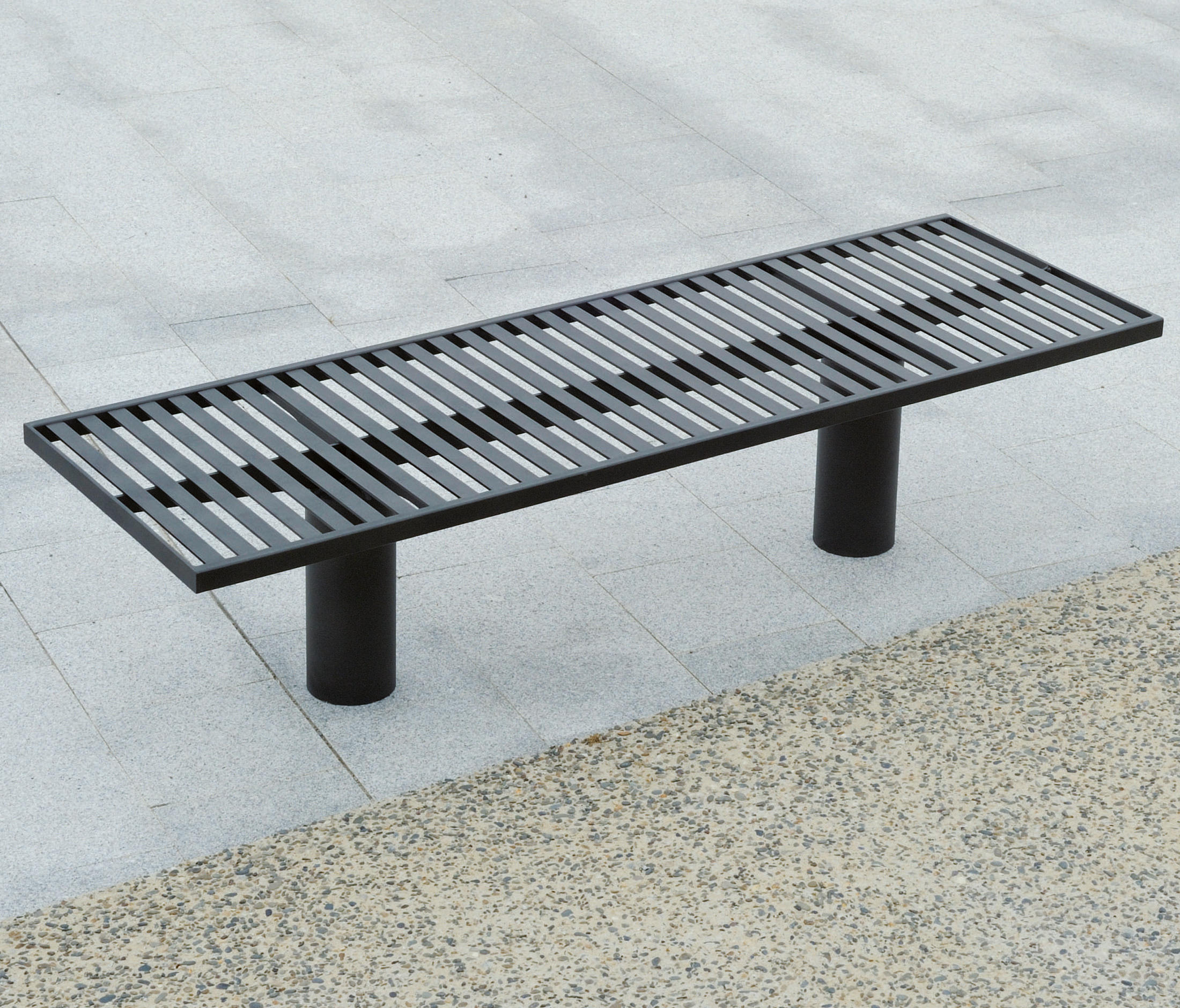 toronto metal outdoor bench benches from area architonic. Black Bedroom Furniture Sets. Home Design Ideas