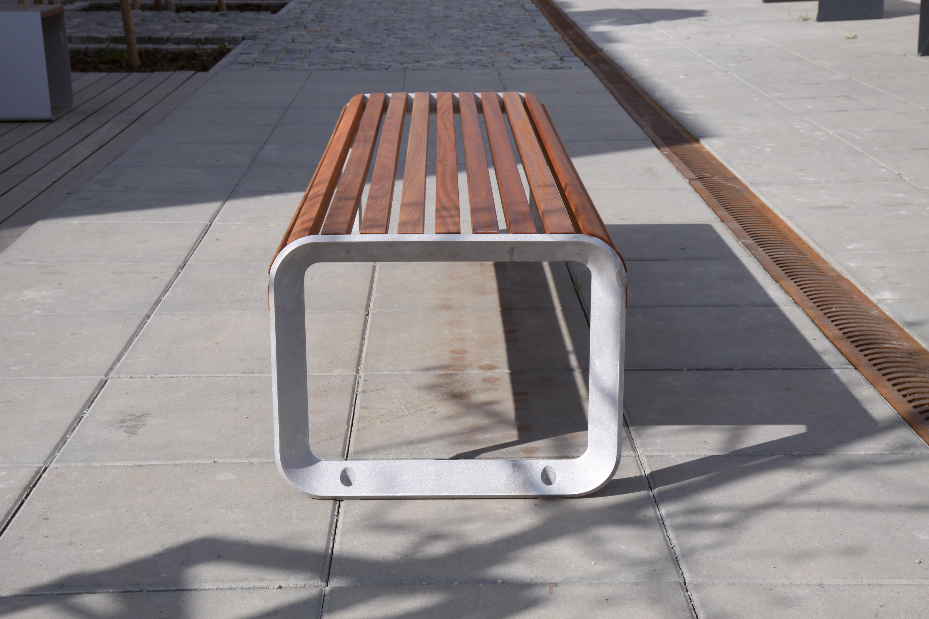 Portiqoa Park Bench Benches From Mmcit 233 Architonic