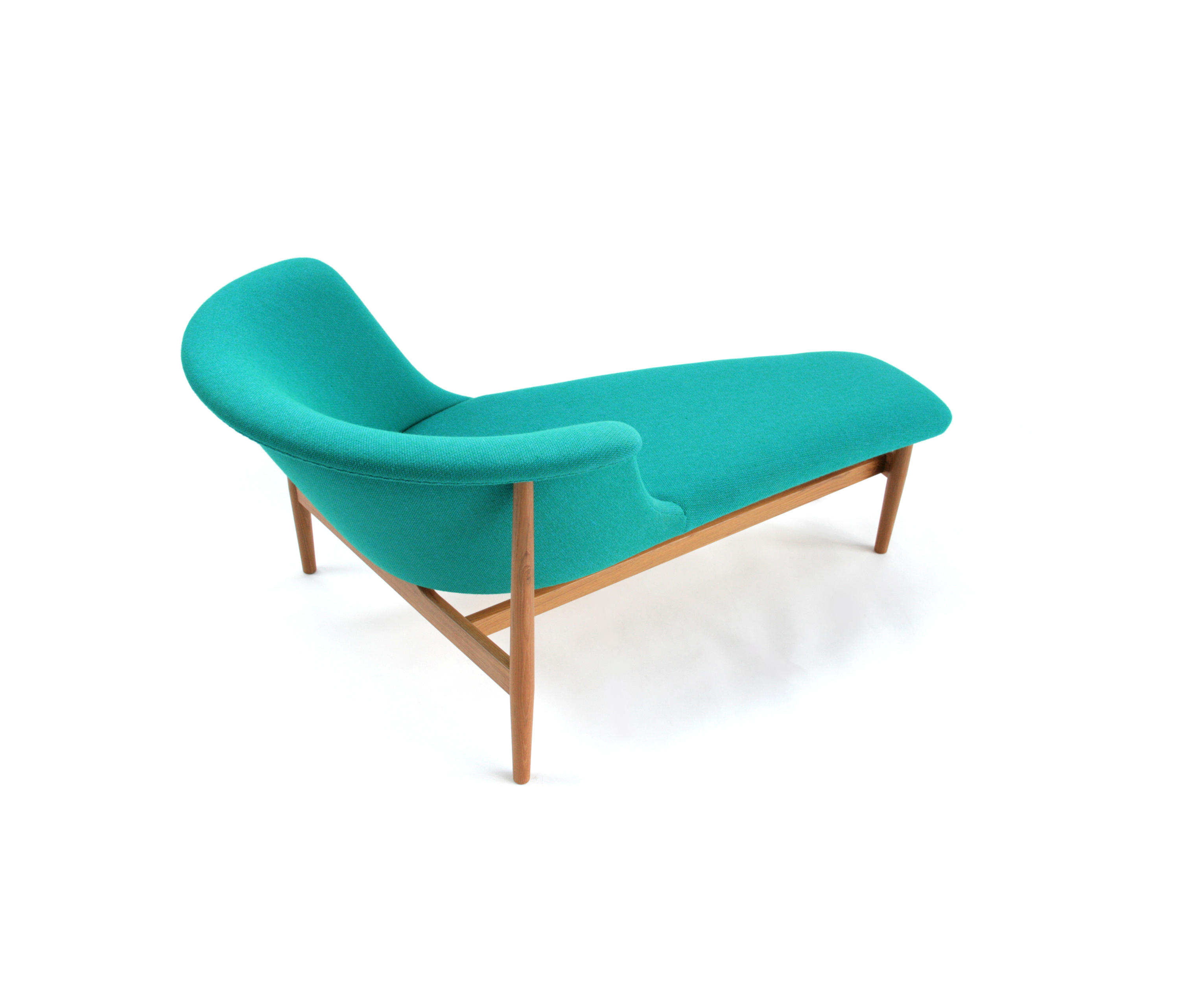 Nd 07 chaise longue chaise longues from kitani japan inc for Chaise longue manufacturers