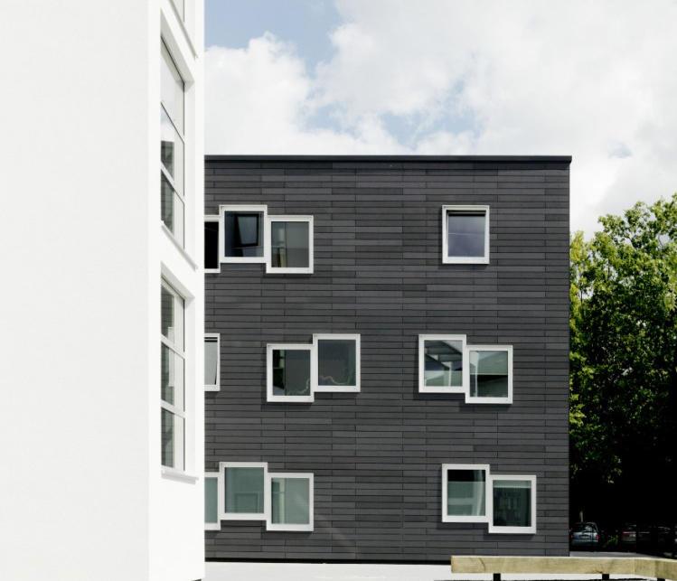b rogeb ude giessen fassadenbeispiele von rieder architonic. Black Bedroom Furniture Sets. Home Design Ideas