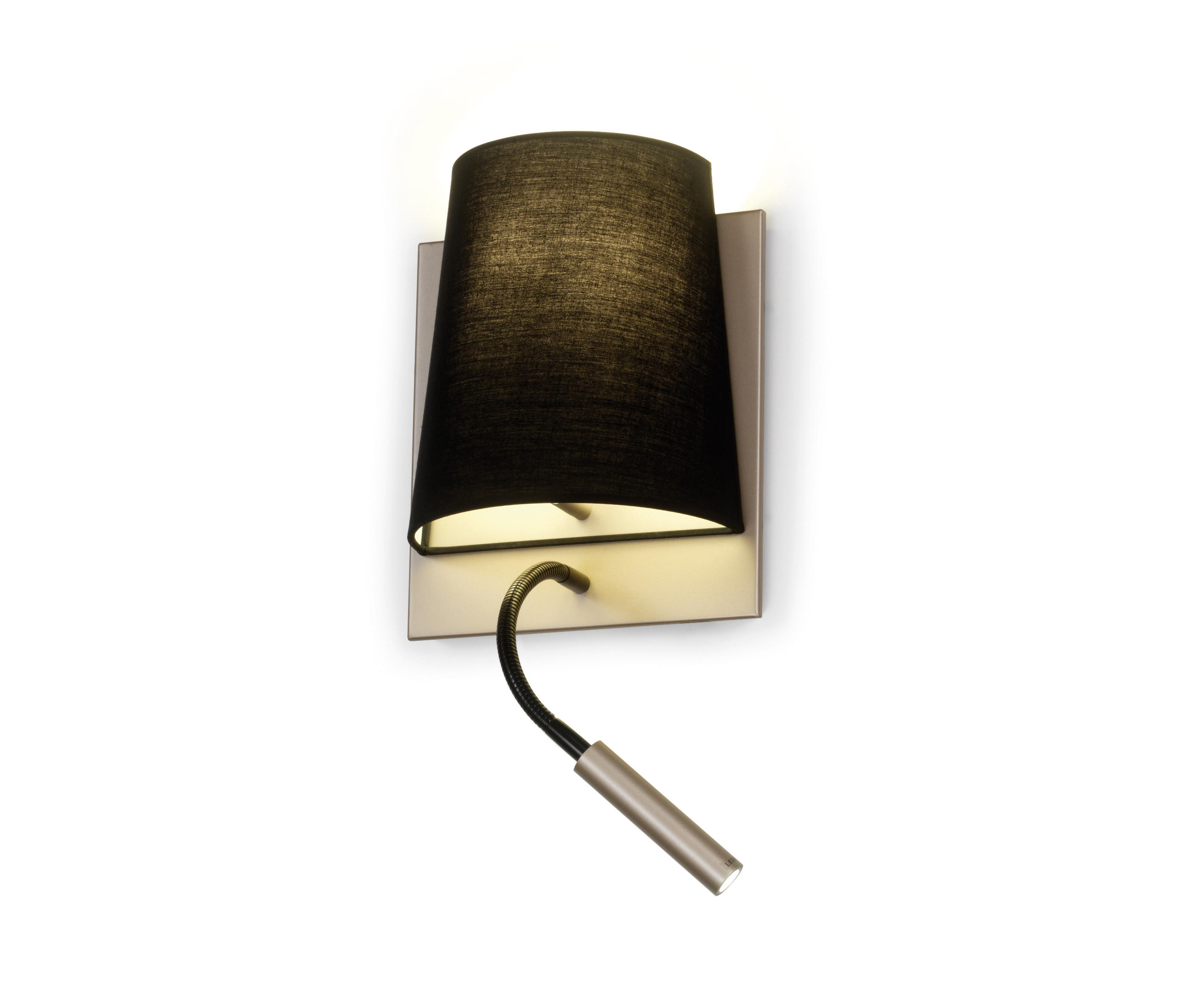 Hotel reading lights from alma light architonic for Schlafzimmer wandlampe