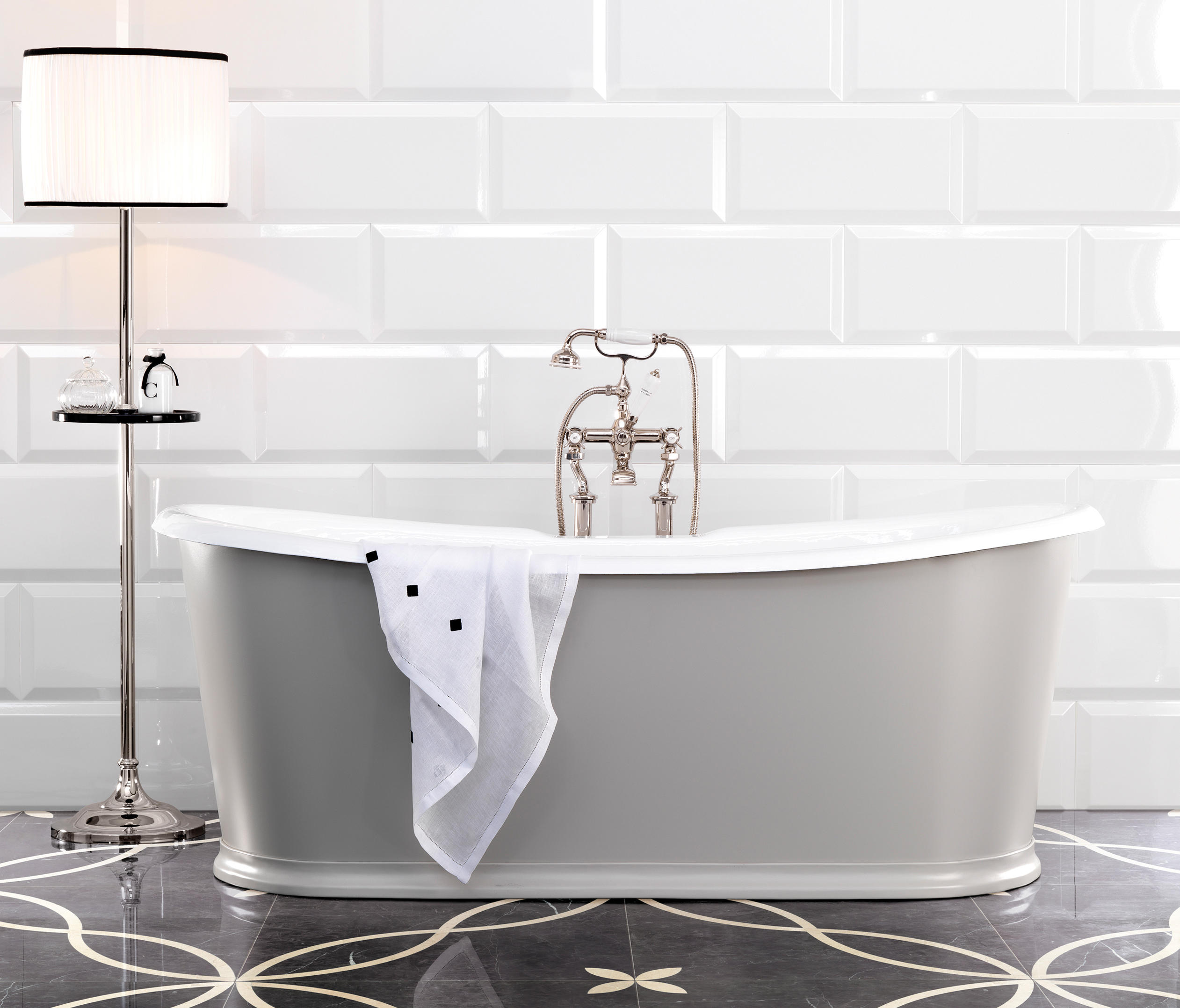 REGAL COLORS BATHTUB - Bathtubs from Devon&Devon | Architonic
