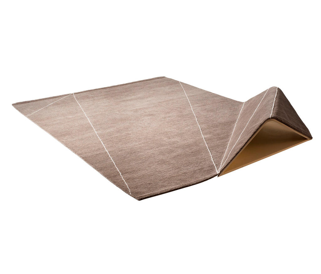 plis formatteppiche designerteppiche von chevalier dition architonic. Black Bedroom Furniture Sets. Home Design Ideas