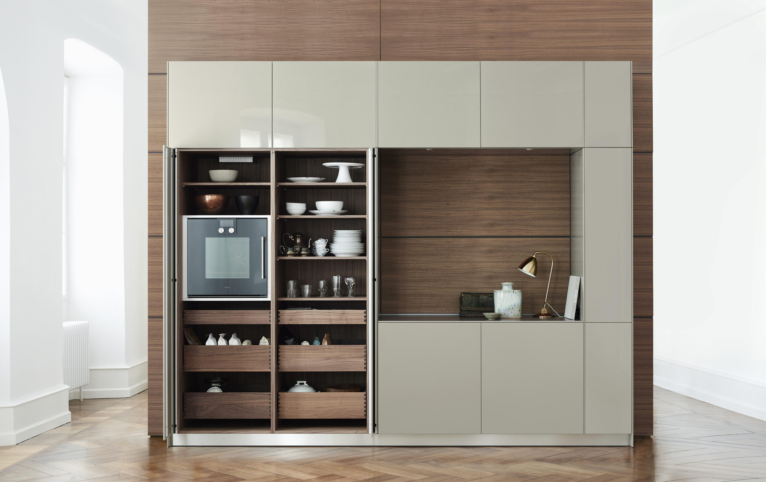 B3 pocket door unit kitchen cabinets from bulthaup for Bulthaup kitchen cabinets