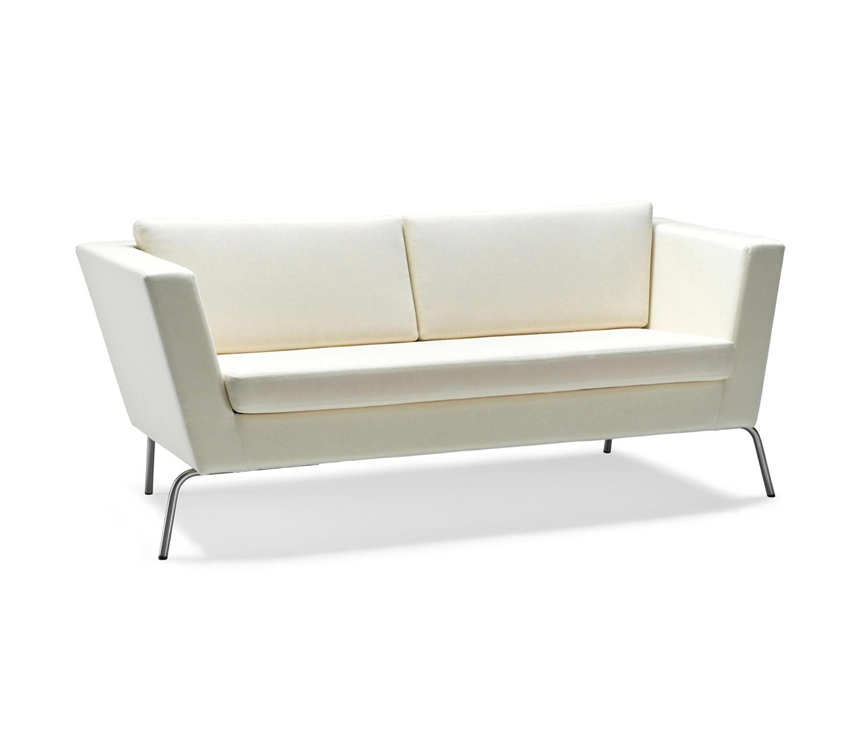 Wide sofa lounge sofas from stouby architonic for Wide couches
