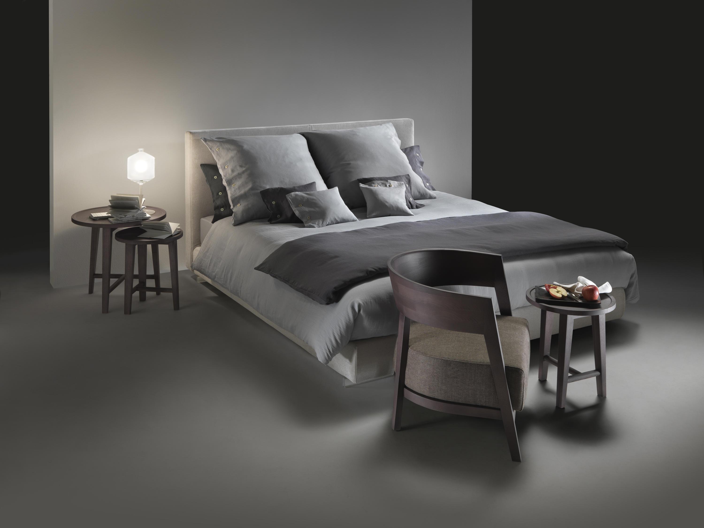 magnum bed lits doubles de flexform architonic. Black Bedroom Furniture Sets. Home Design Ideas
