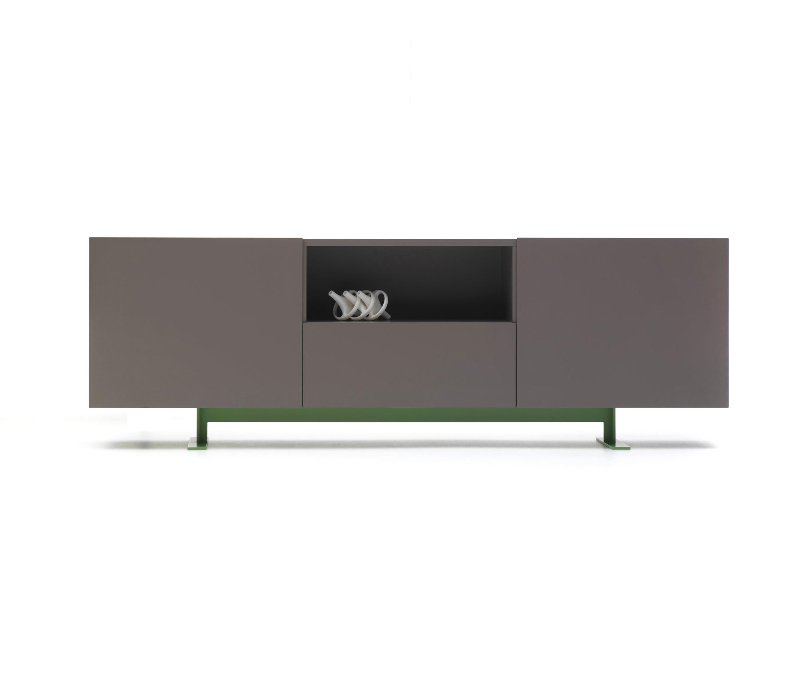 luxor sideboards from cappellini architonic. Black Bedroom Furniture Sets. Home Design Ideas