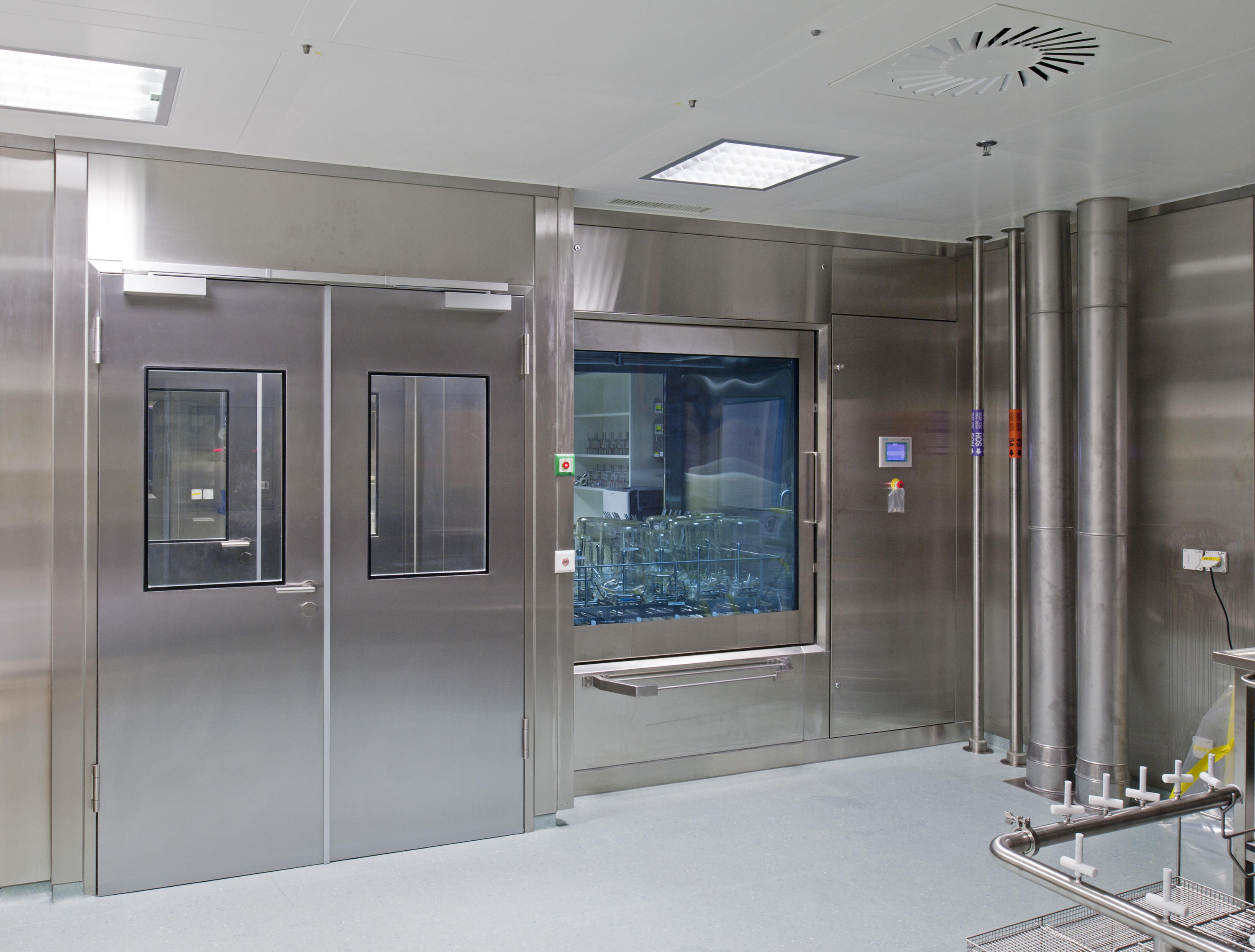 Clean Room Partitions Architectural Systems From Lindner