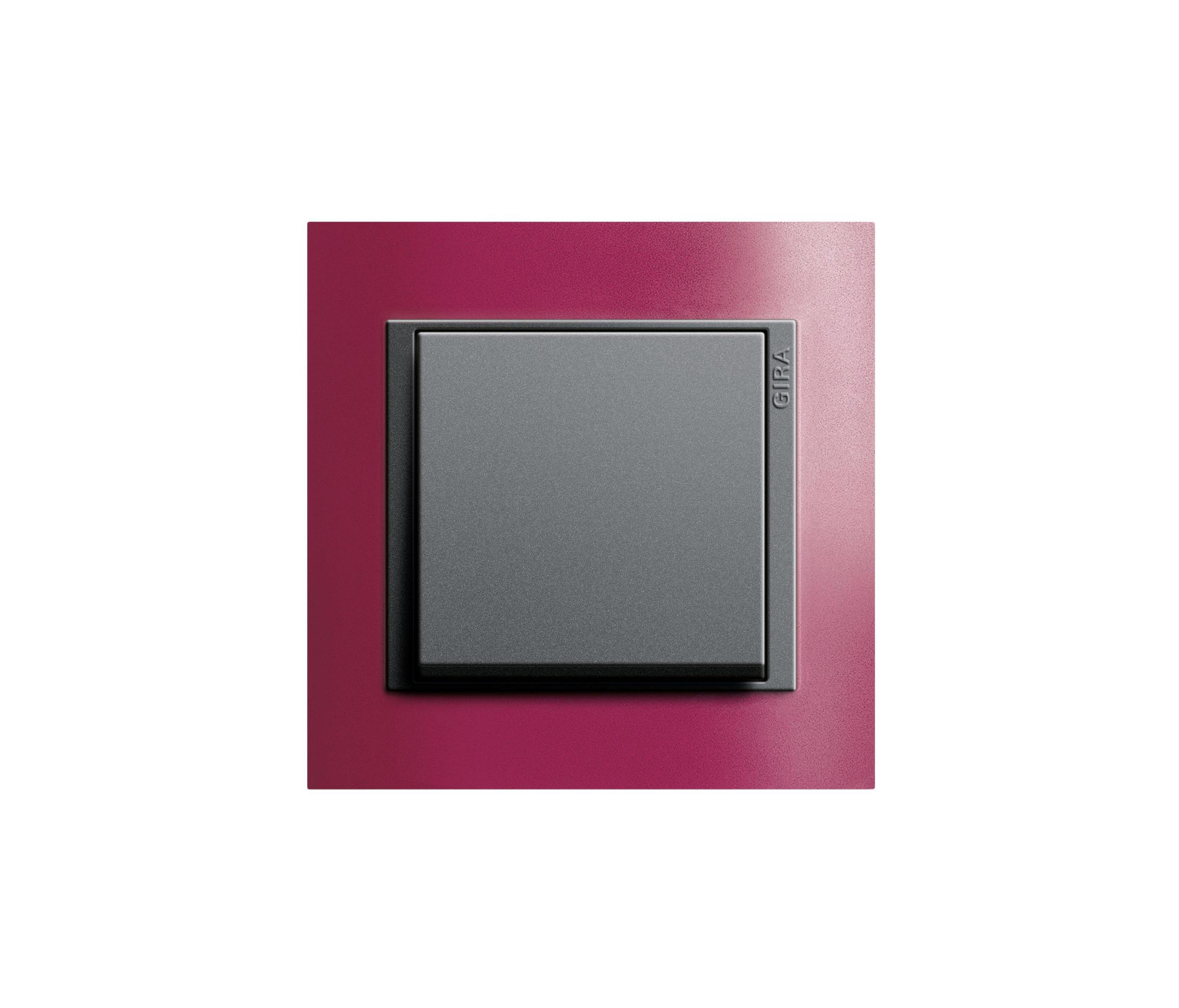 event opak tastschalter tastschalter von gira architonic. Black Bedroom Furniture Sets. Home Design Ideas