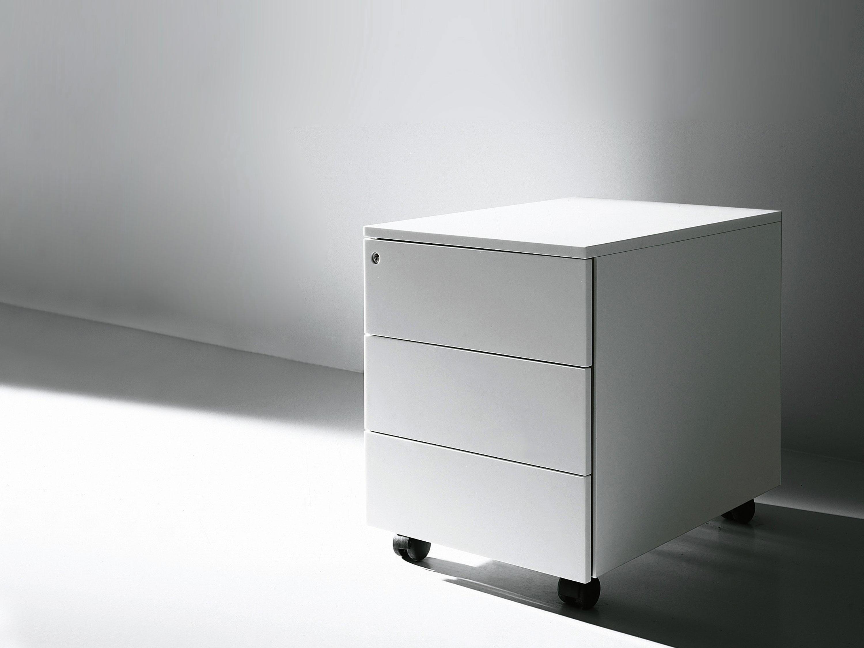 Cassettiera Ufficio In Metallo : Cassettiera ufficio beistellcontainer von porro architonic