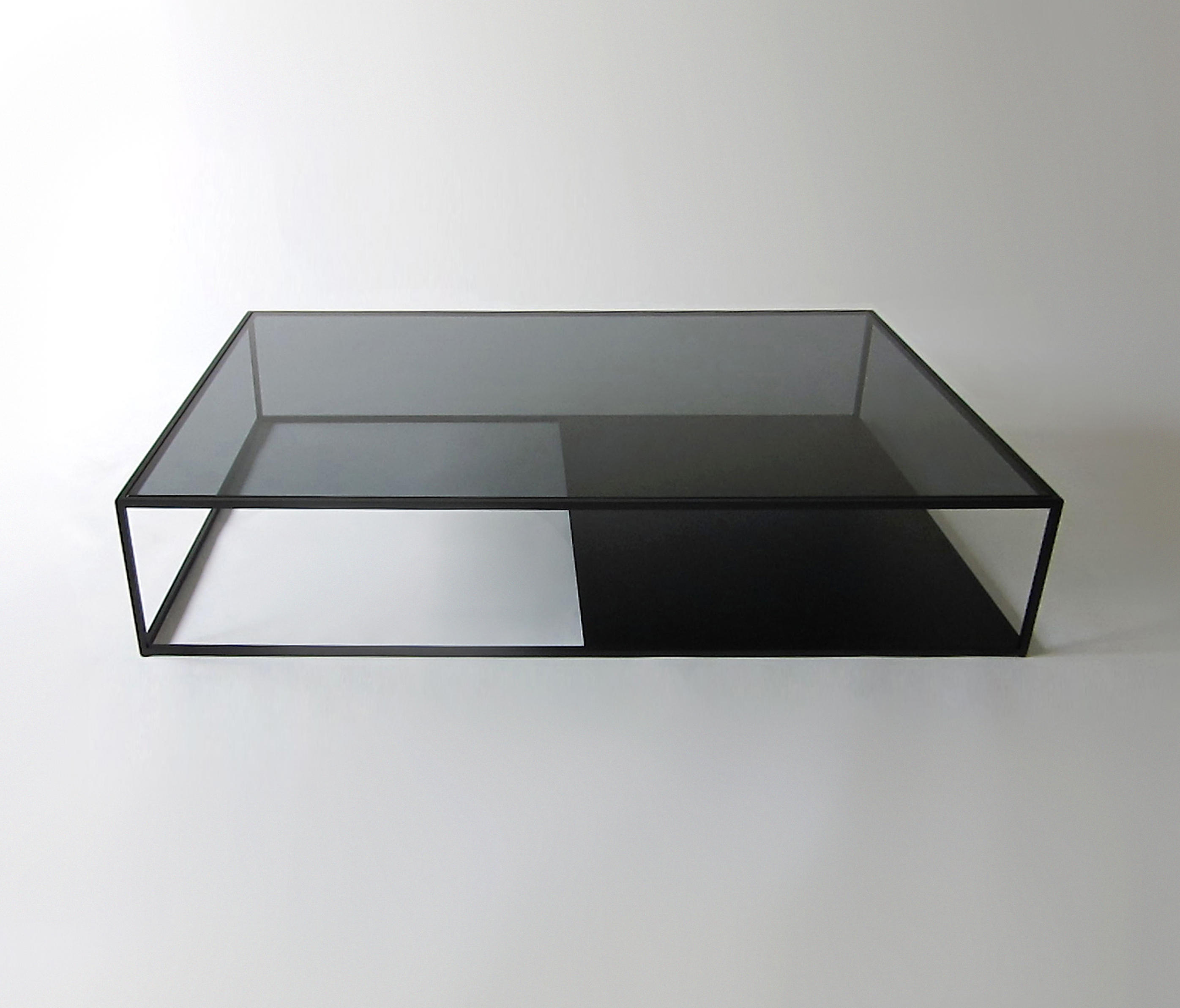 HALF & HALF COFFEE TABLE Coffee tables from Phase Design