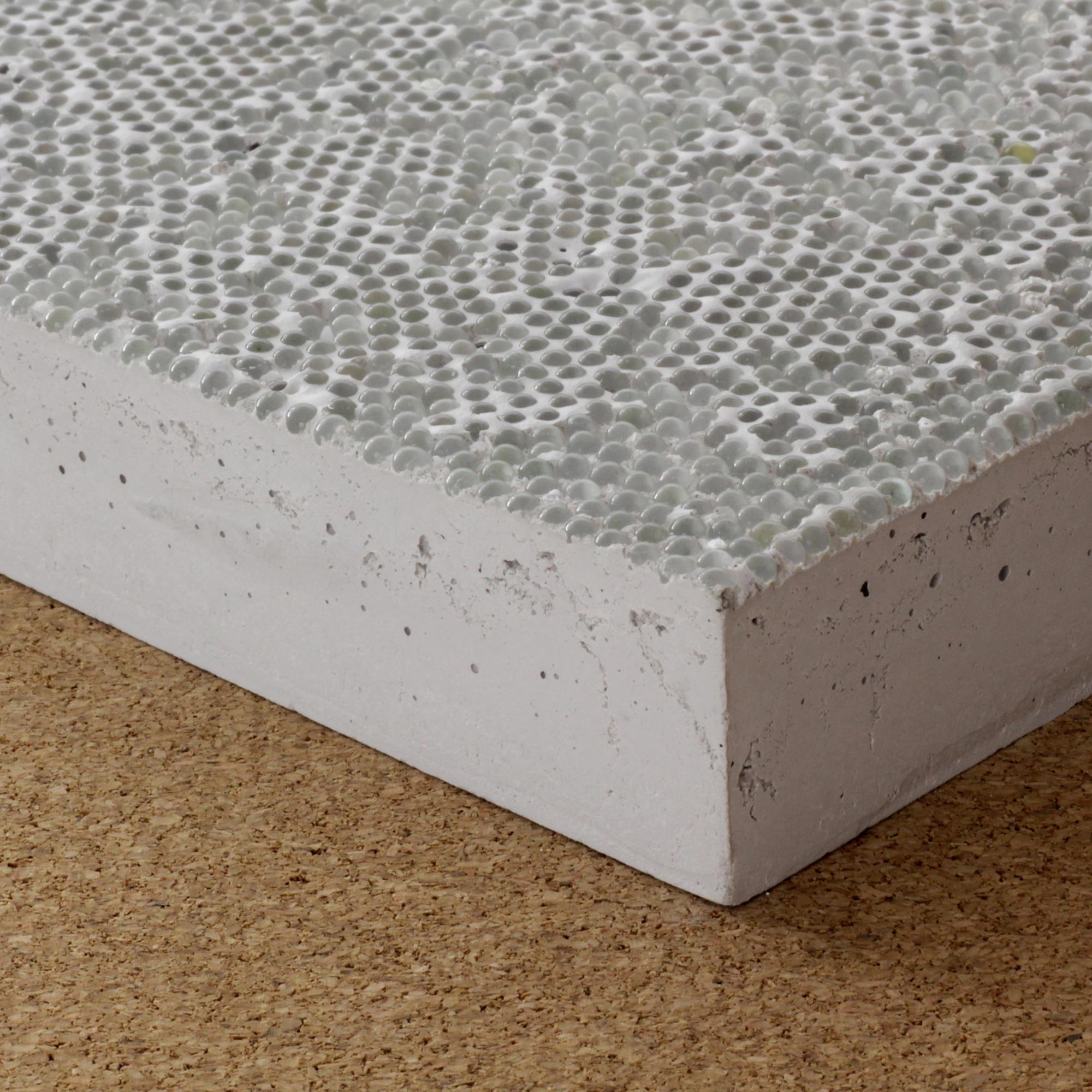 Retroreflective High Performance Concrete Concrete From