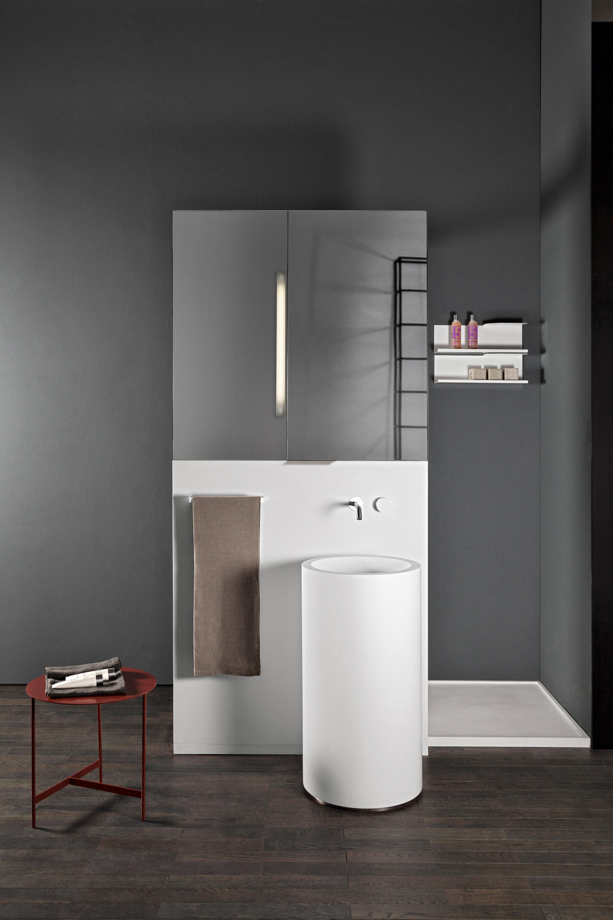 Screen Mirror Cabinets From Makro Architonic