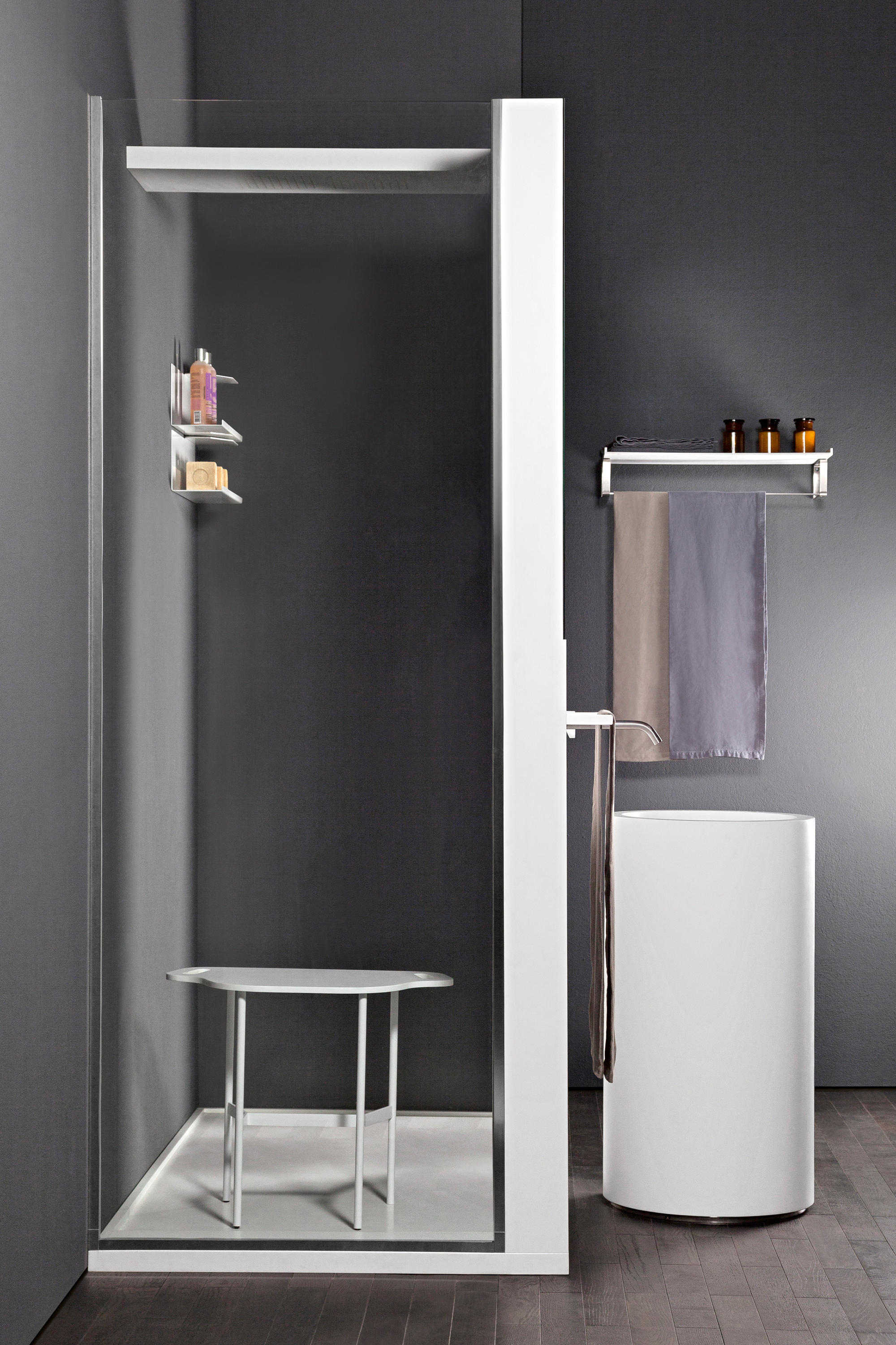 screen shower screens from makro architonic. Black Bedroom Furniture Sets. Home Design Ideas