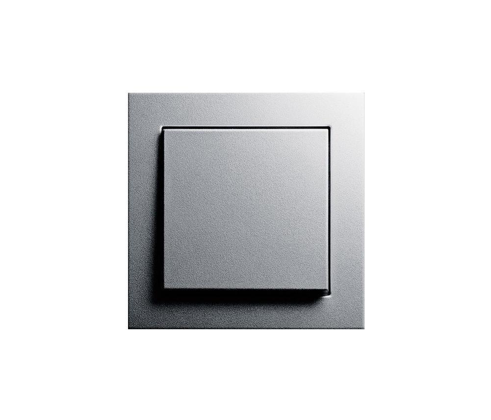 wipptaster e2 tastschalter von gira architonic. Black Bedroom Furniture Sets. Home Design Ideas