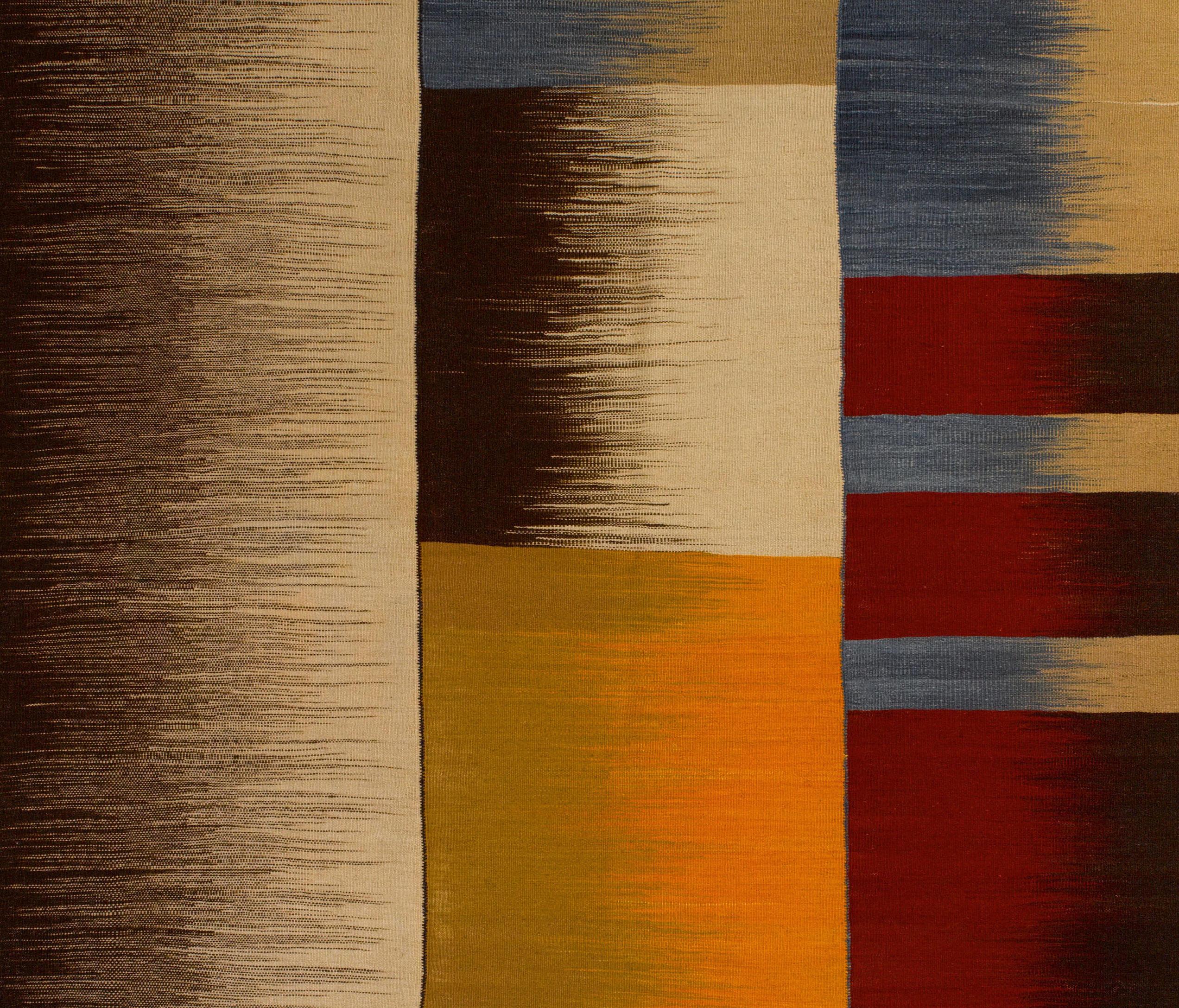 tomils formatteppiche designerteppiche von atelier pfister architonic. Black Bedroom Furniture Sets. Home Design Ideas