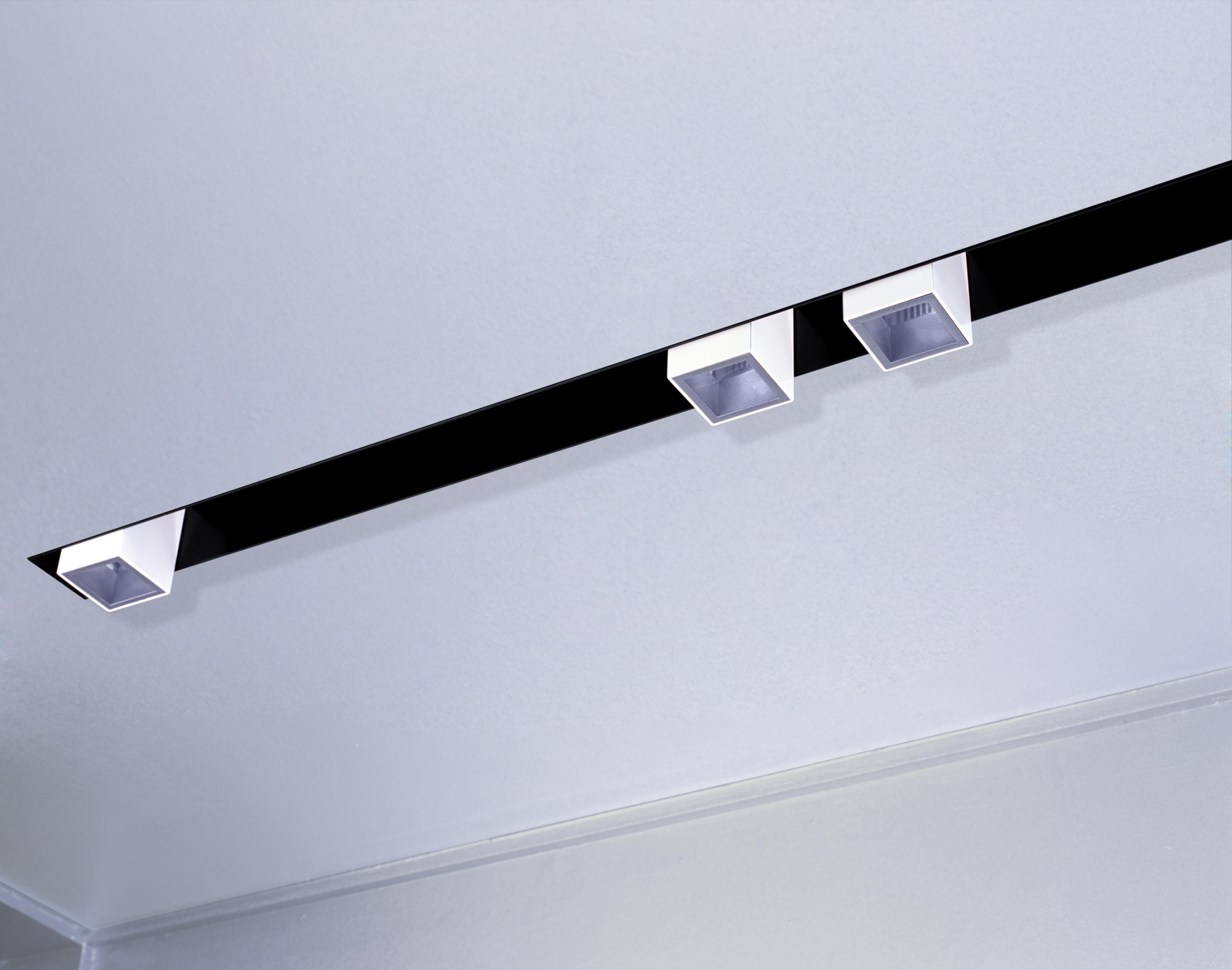 chrome ceiling bars adjustable lighting light endon spotlights el spotlight image fittings track