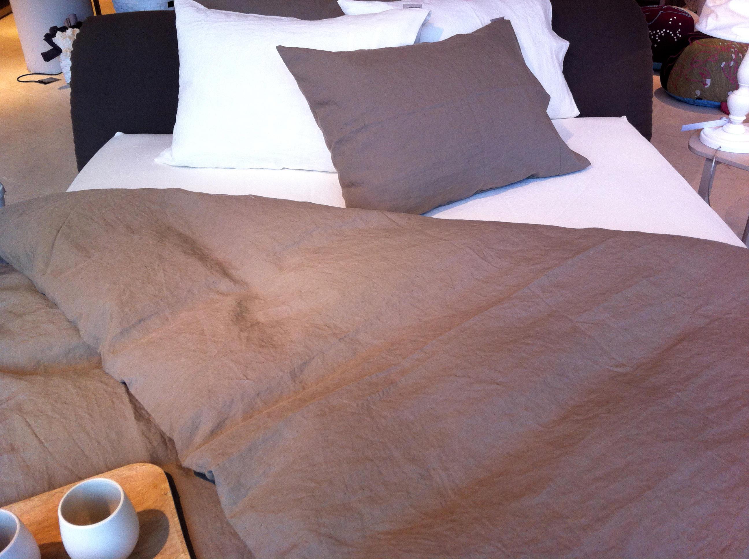 bettw sche bettbez ge von secrets of living architonic. Black Bedroom Furniture Sets. Home Design Ideas