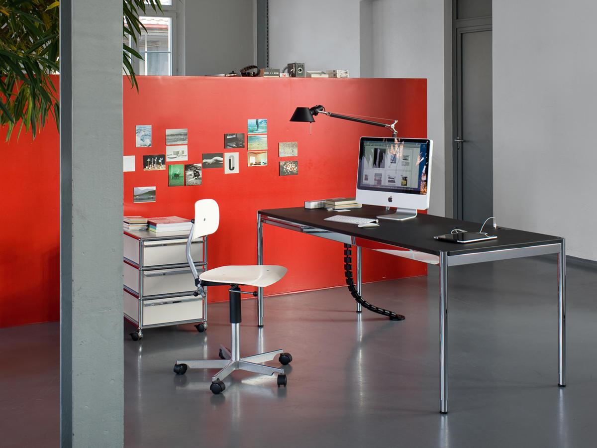 usm haller tisch advanced kunstharz einzeltische von usm architonic. Black Bedroom Furniture Sets. Home Design Ideas