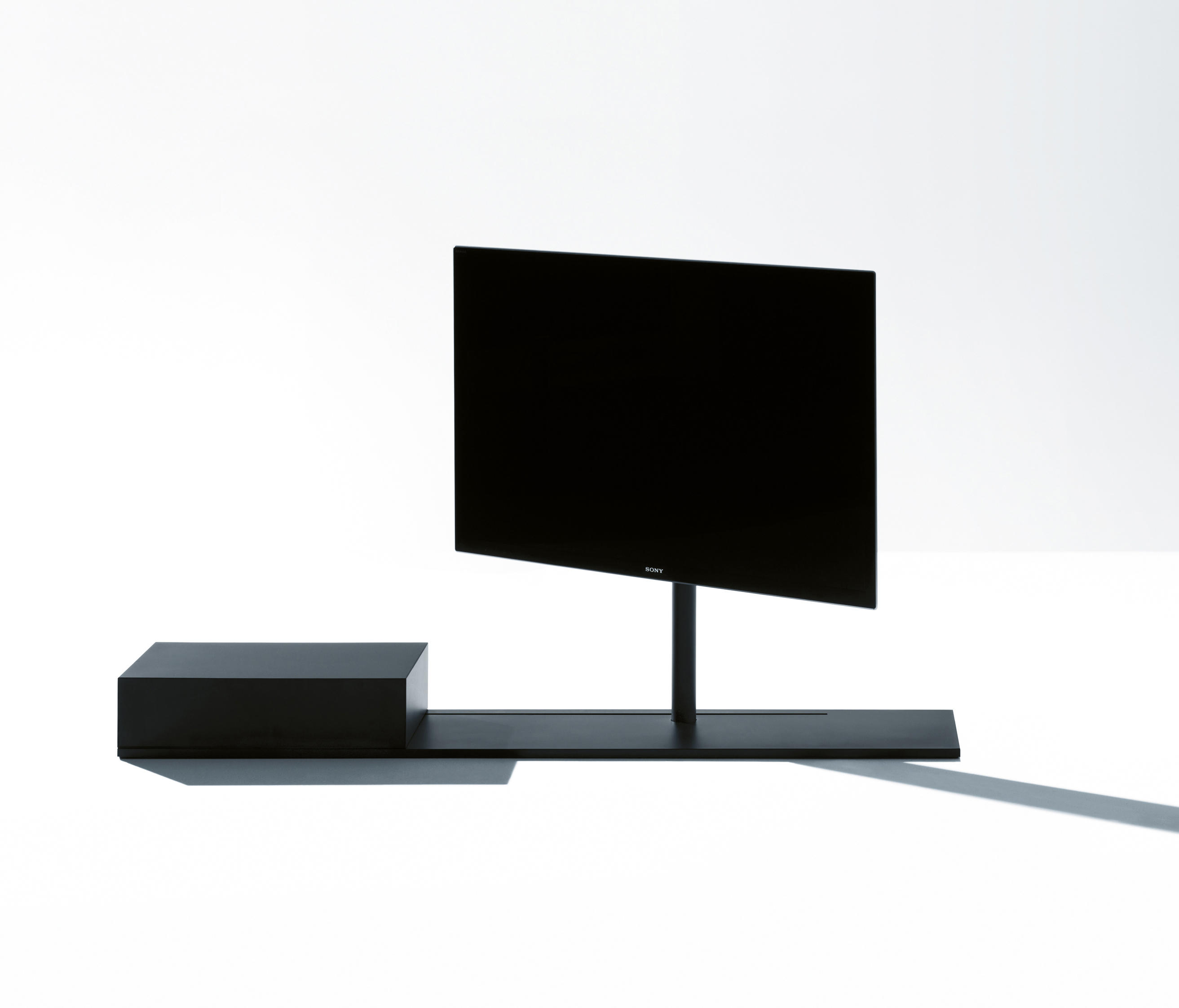 Sail 302 Tv Stand Multimedia Stands From Desalto