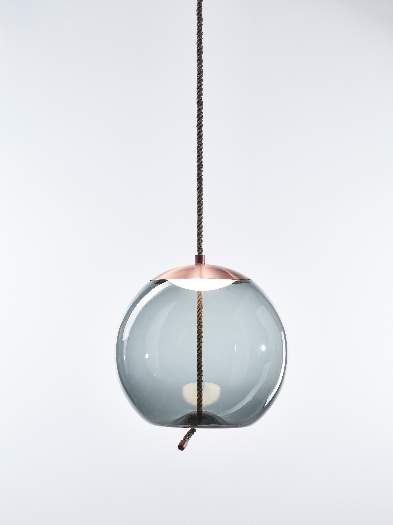 Knot Sfera Pc1016 By Brokis Suspended Lights