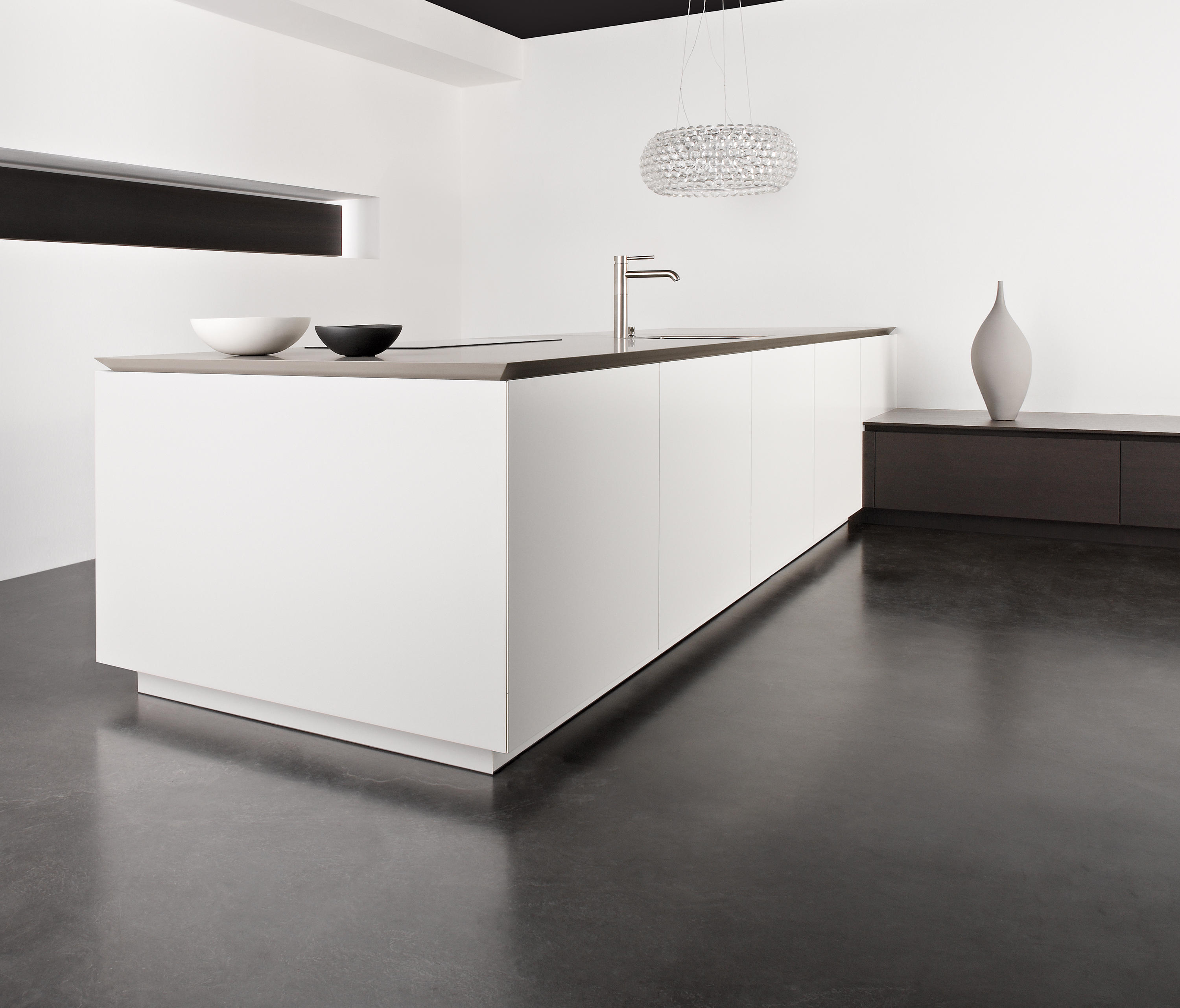 MATT LAQUER - Island kitchens from eggersmann | Architonic