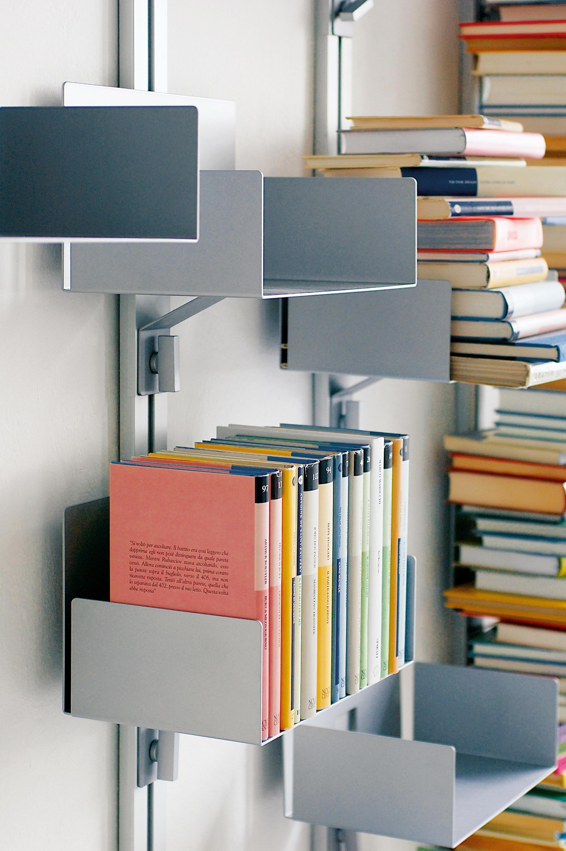 Scaffali Per Libri Design.Totem Porta Libri A Parete Scaffali Aico Design Architonic