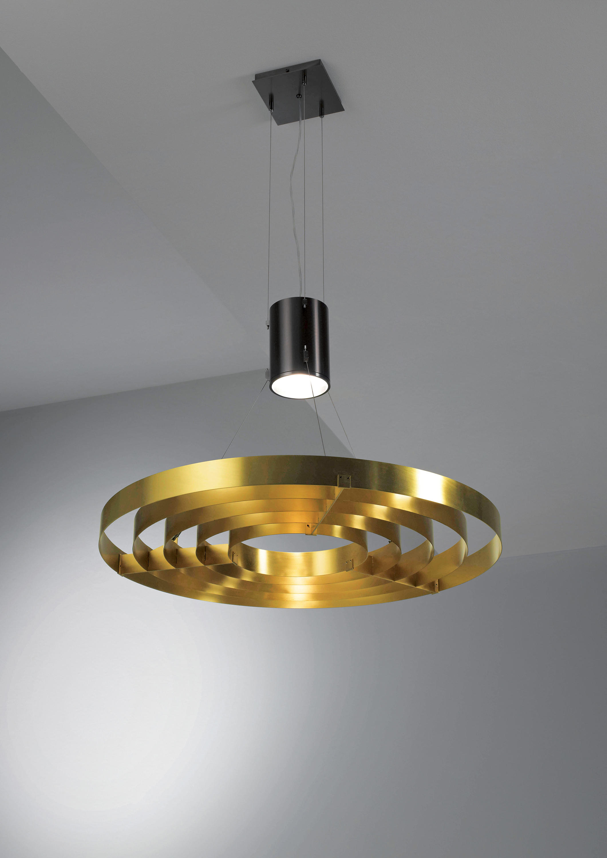Dark Light Suspended Lights From Laurameroni Architonic