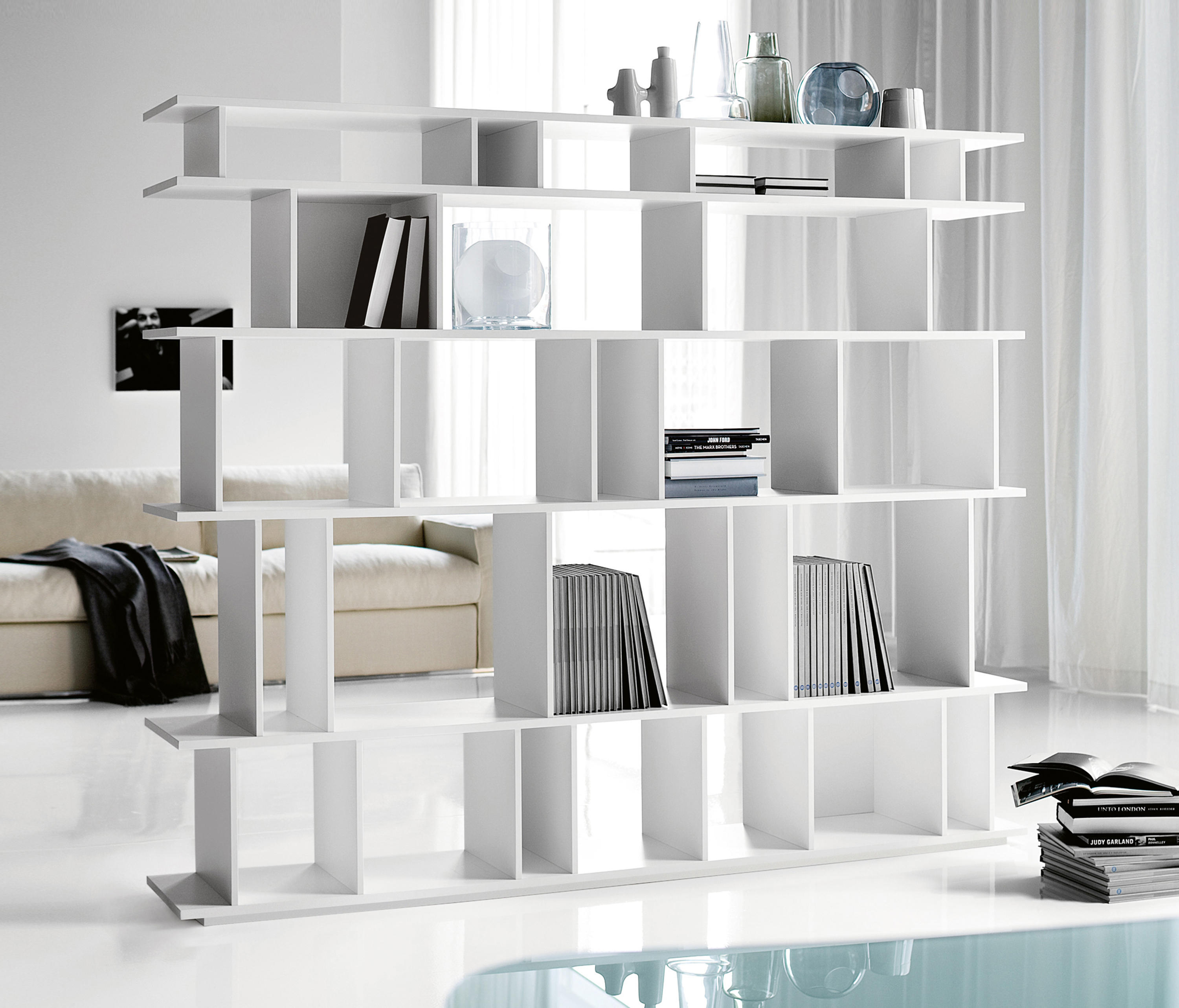 loft shelving from cattelan italia architonic. Black Bedroom Furniture Sets. Home Design Ideas