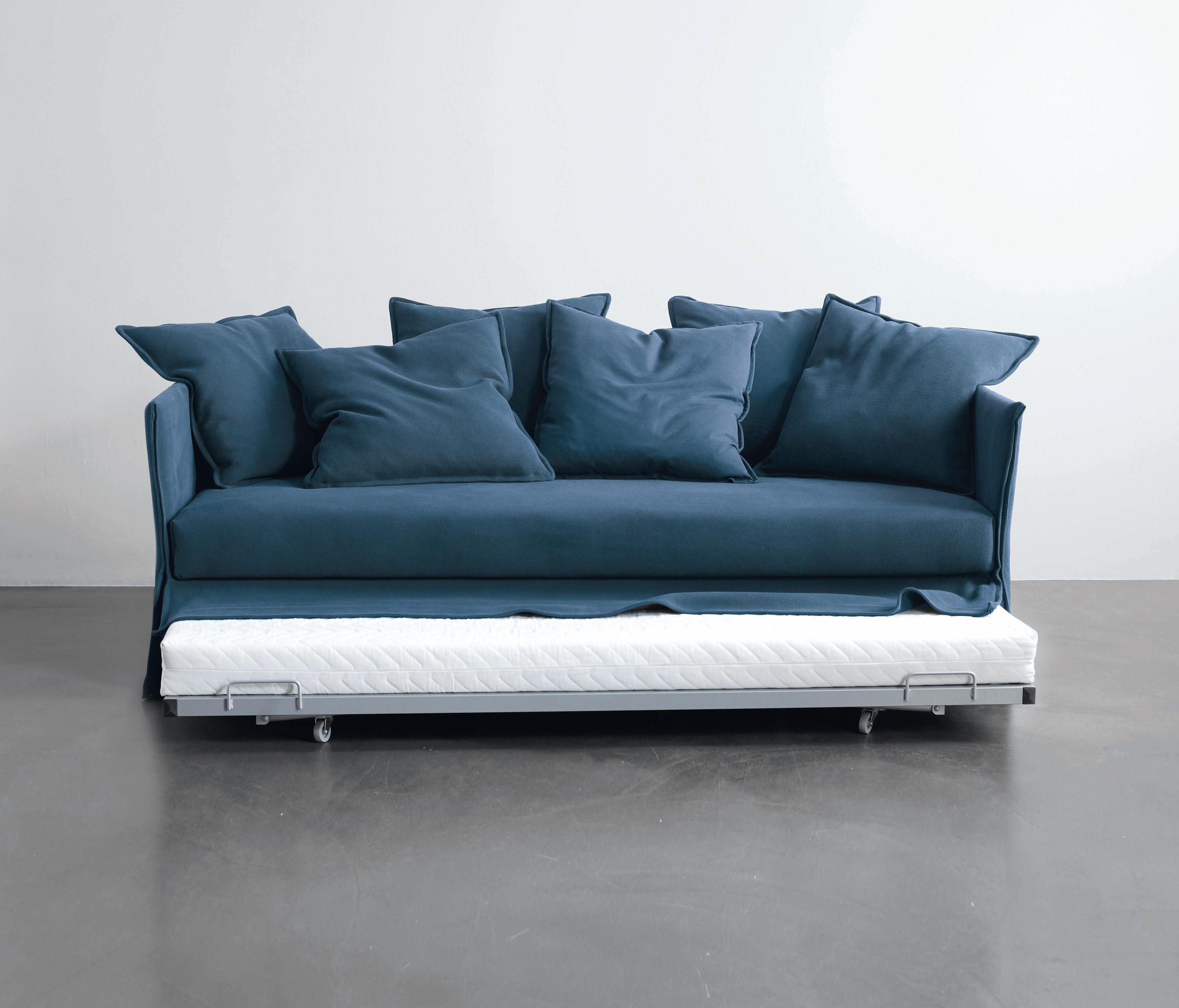 Fox sofa bed sofa beds from meridiani architonic fox sofa bed by meridiani sofa beds parisarafo Image collections