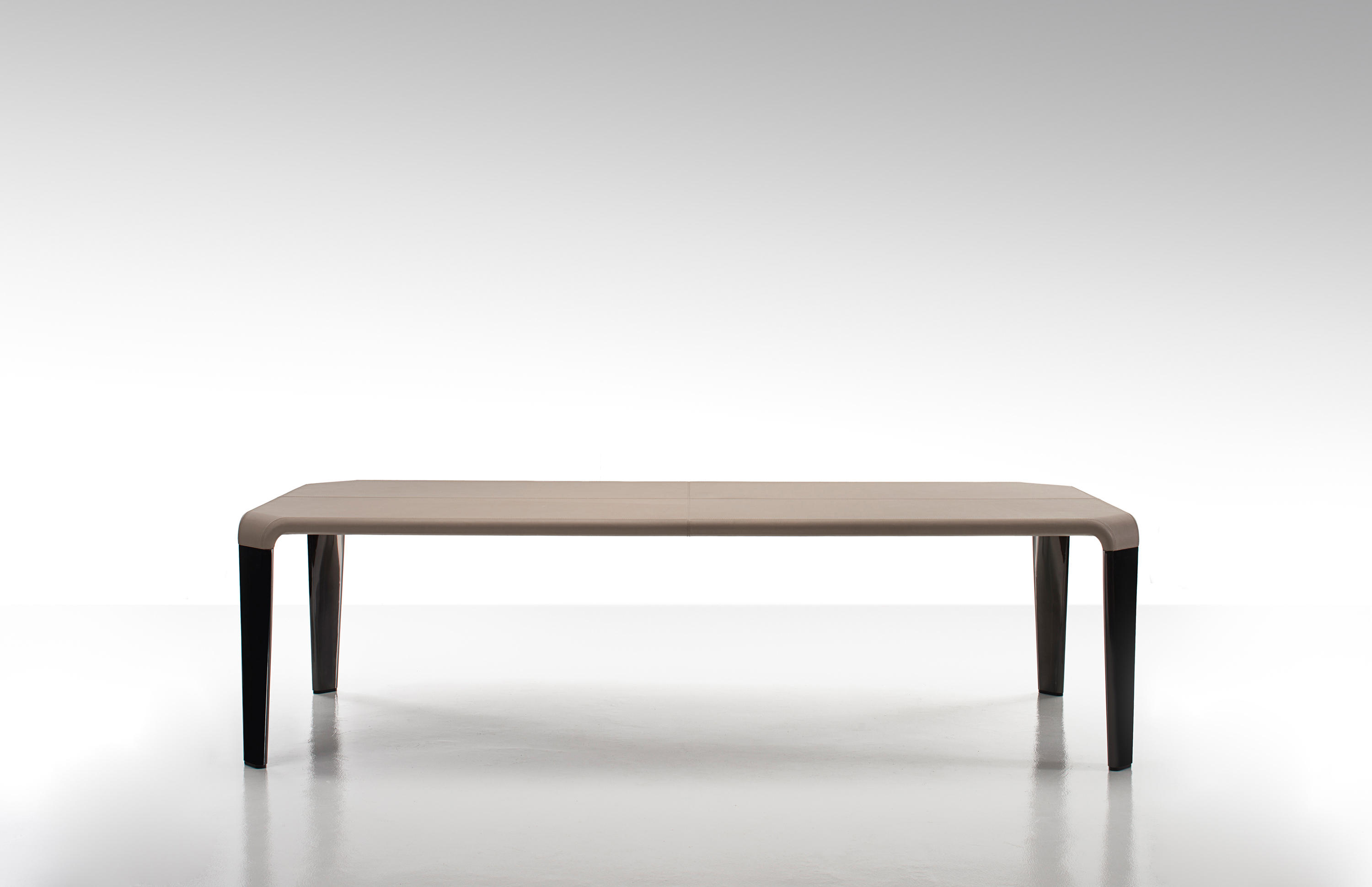 Serengeti Table By Fendi Casa Dining Tables