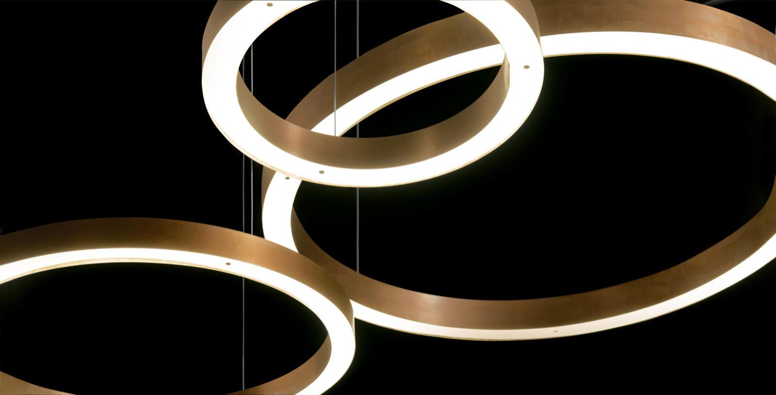 light ring horizontal suspended lights from henge architonic. Black Bedroom Furniture Sets. Home Design Ideas