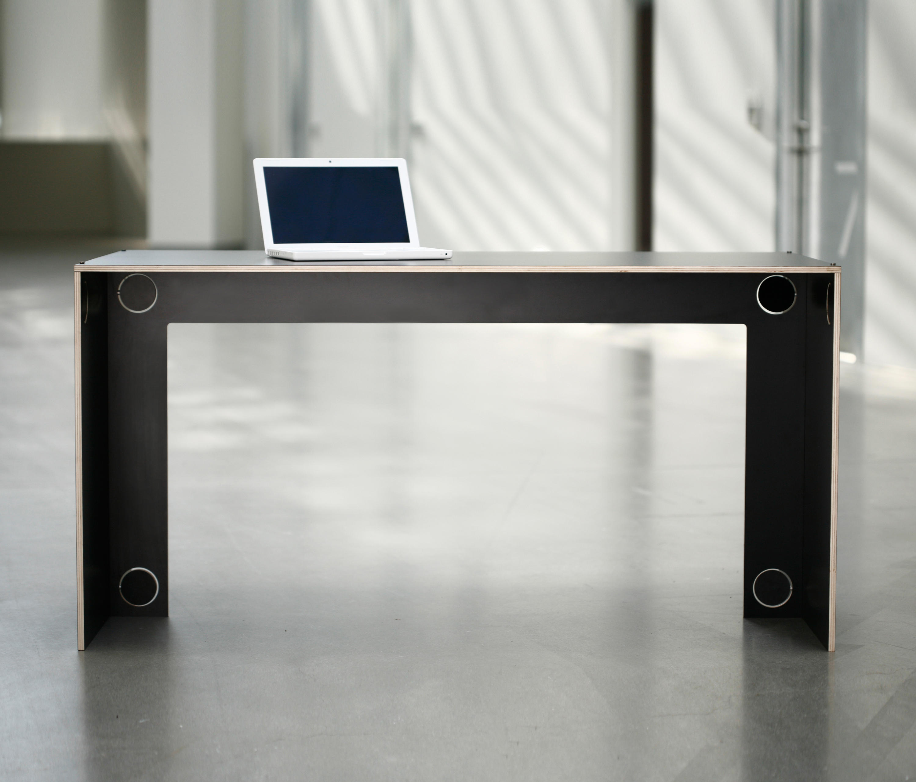 Work Table Desks From Ladp Architonic