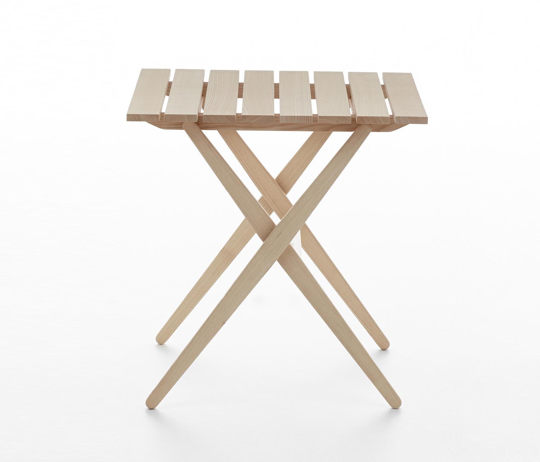 Fionda table mc6 esstische von mattiazzi architonic for Ar 11 6 table 6 2